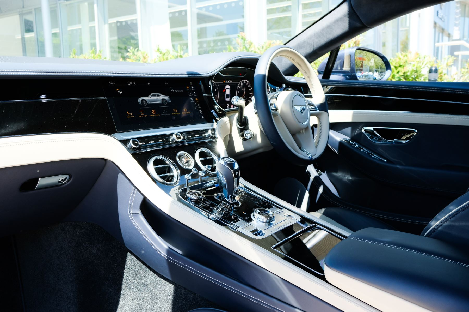 Bentley Continental GT 6.0 W12 - CITY + TOURING SPECIFICATION image 11