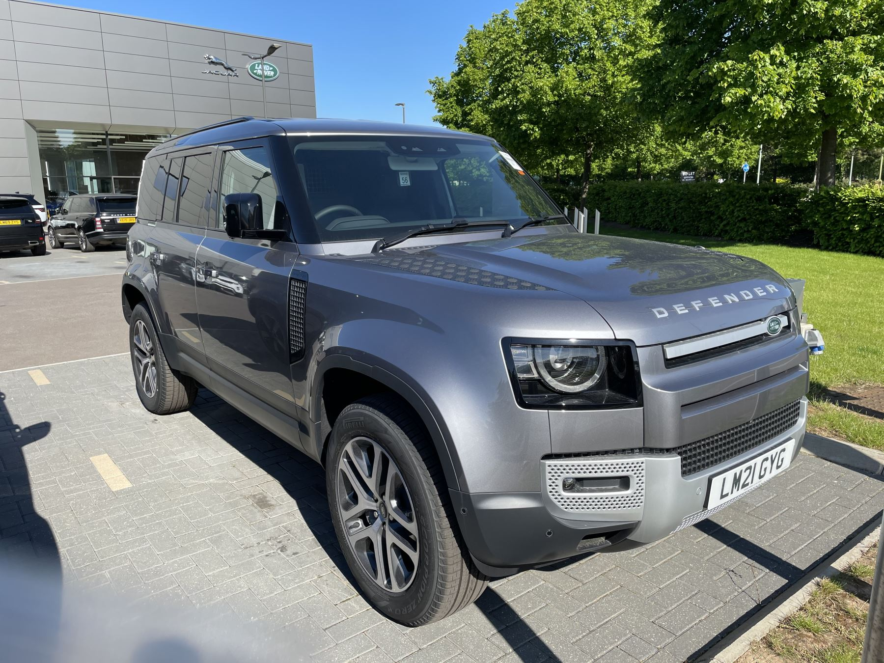 Land Rover Defender 3.0 D300 HARD TOP HSE 110 5dr Auto Diesel Automatic 4x4