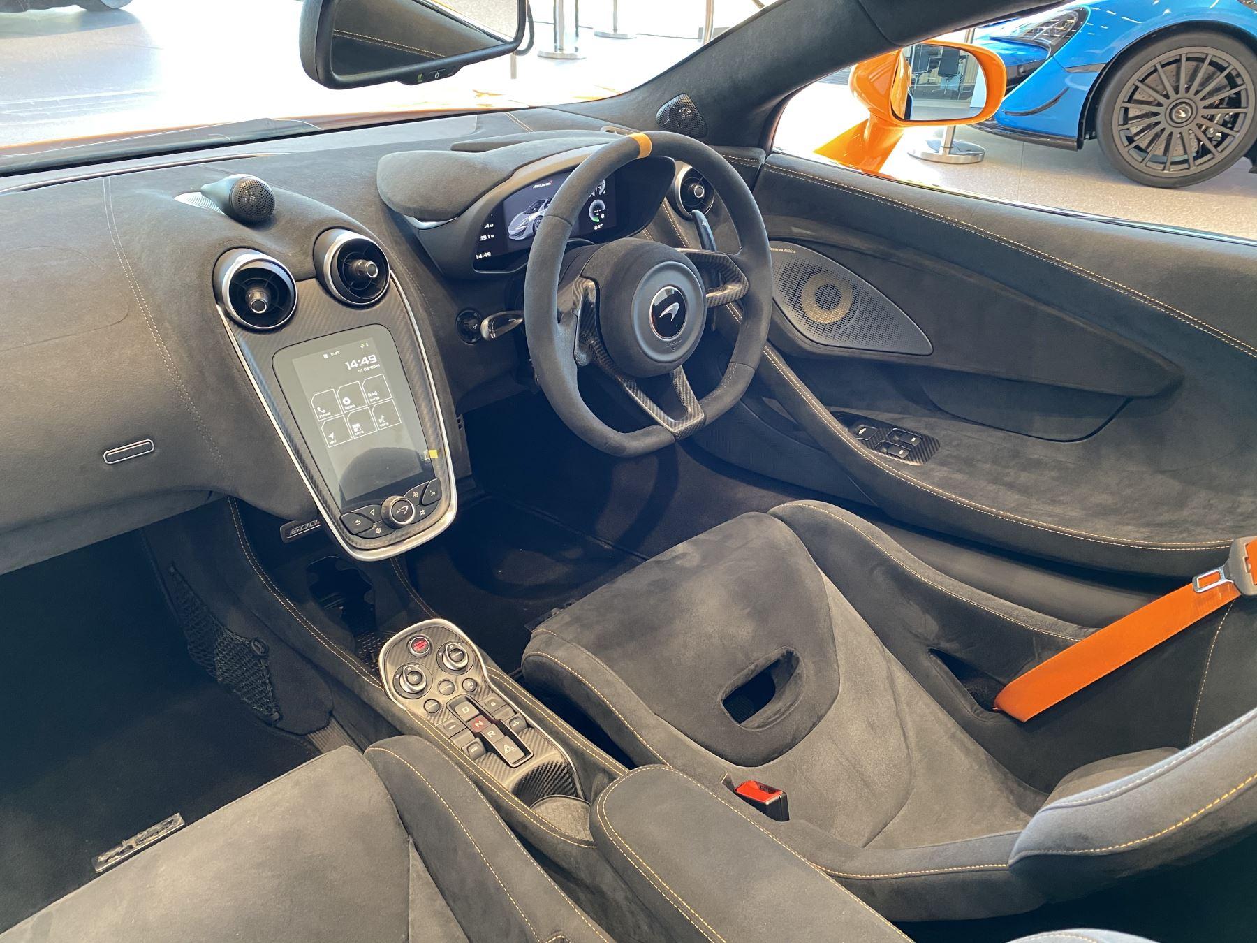 McLaren 600LT Spider V8 2dr SSG image 22