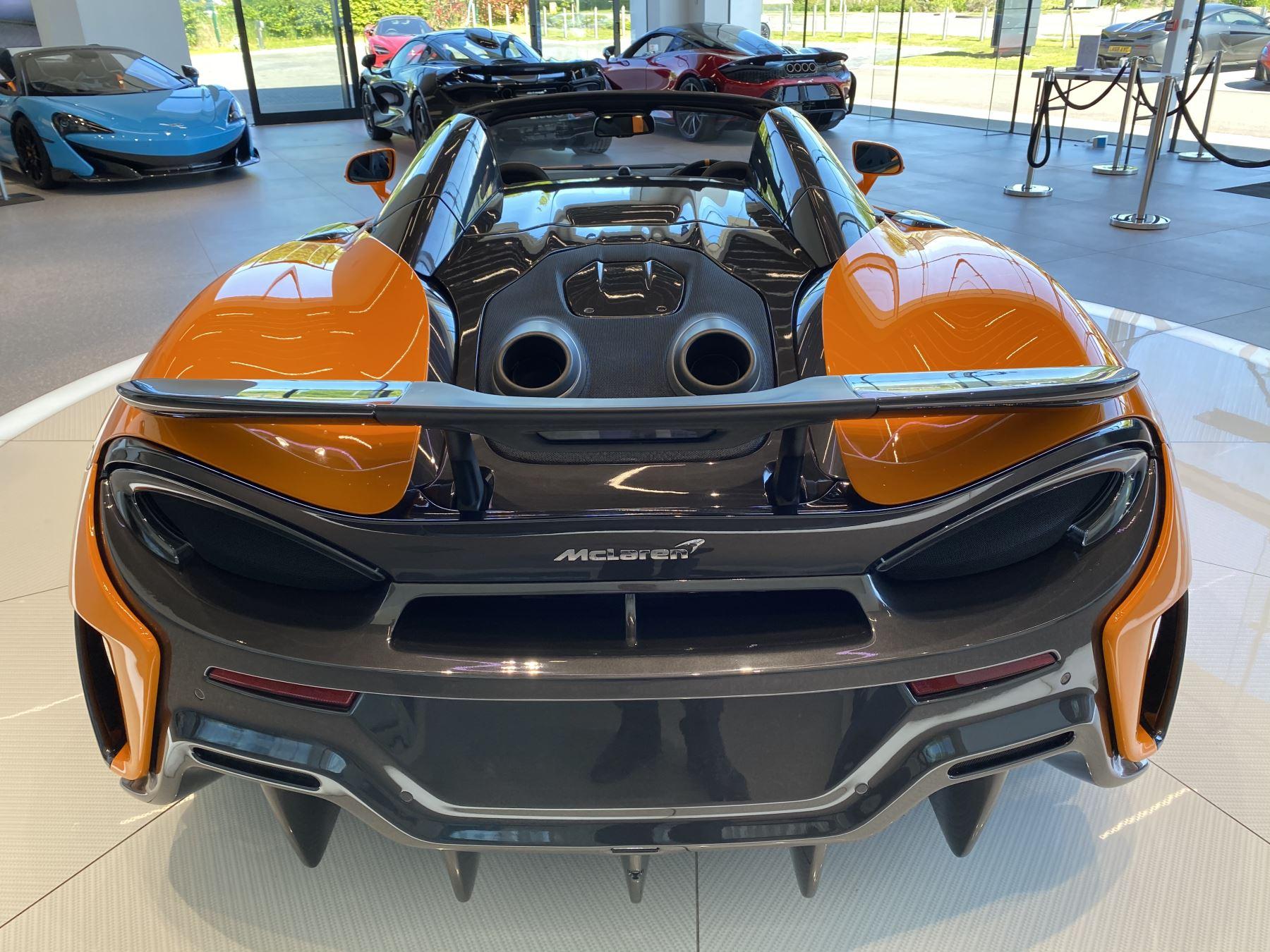 McLaren 600LT Spider V8 2dr SSG image 24