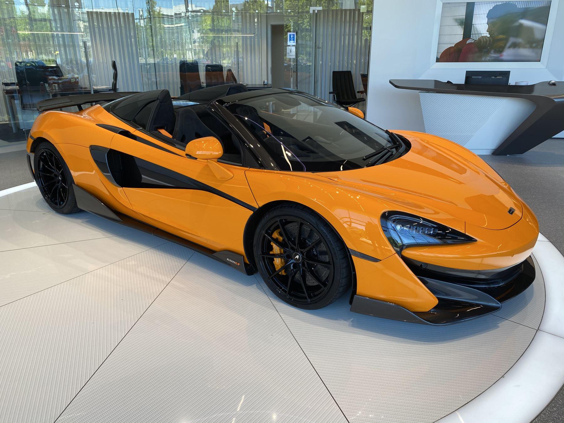 McLaren 600LT Spider V8 2dr SSG image 3