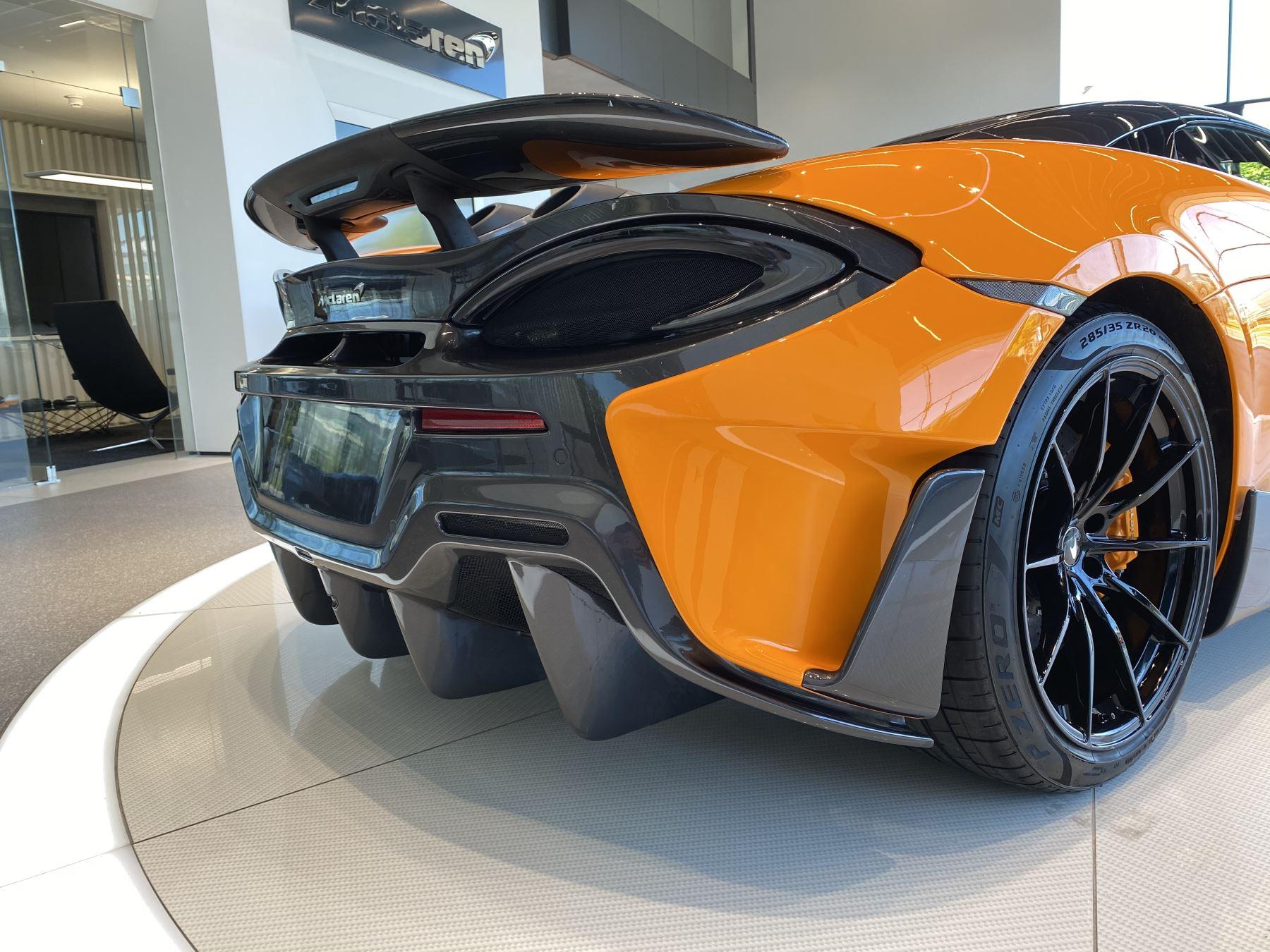 McLaren 600LT Spider V8 2dr SSG image 26