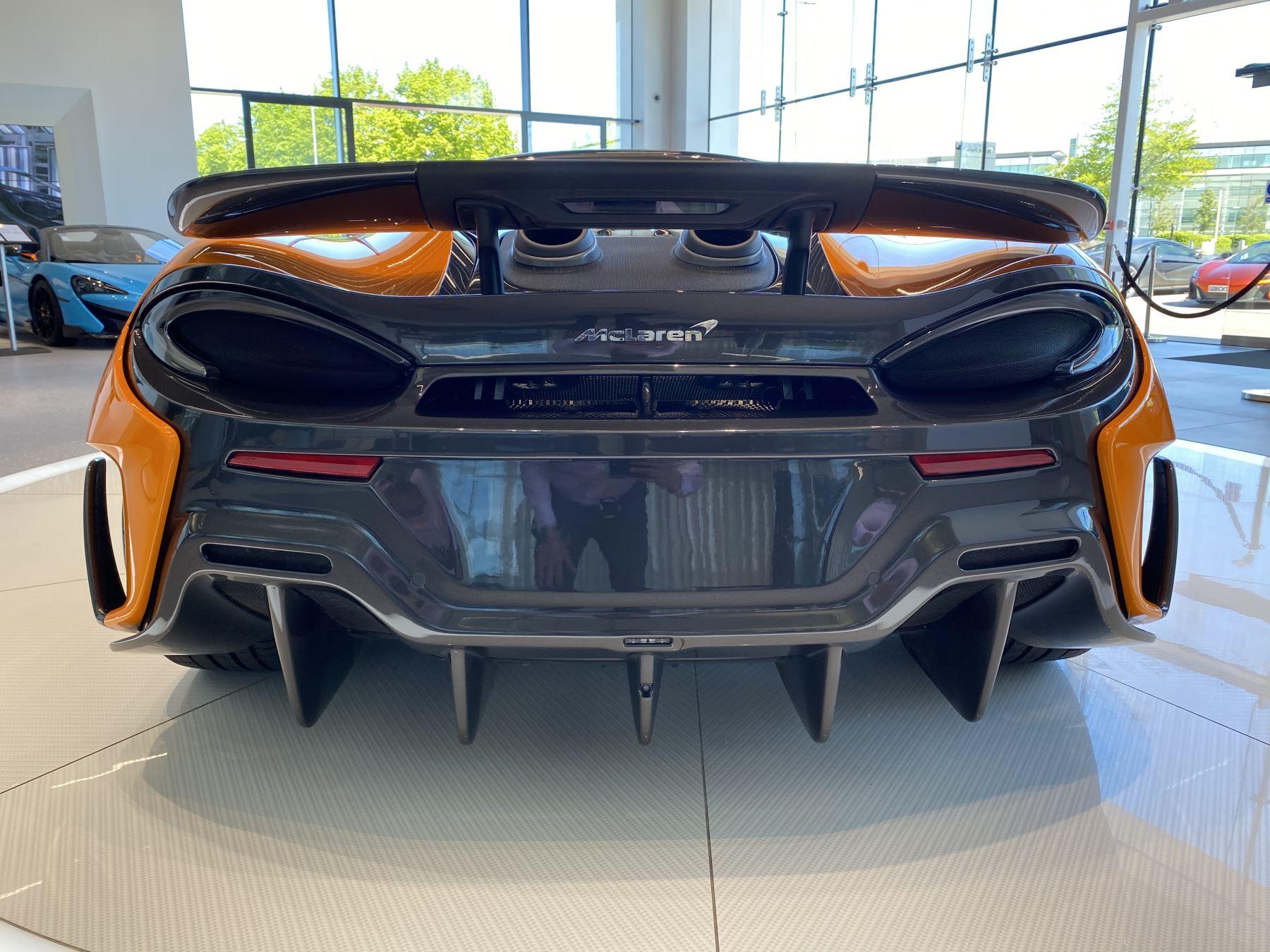McLaren 600LT Spider V8 2dr SSG image 28