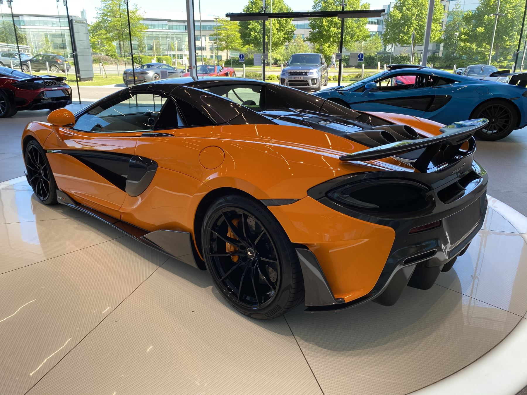 McLaren 600LT Spider V8 2dr SSG image 29