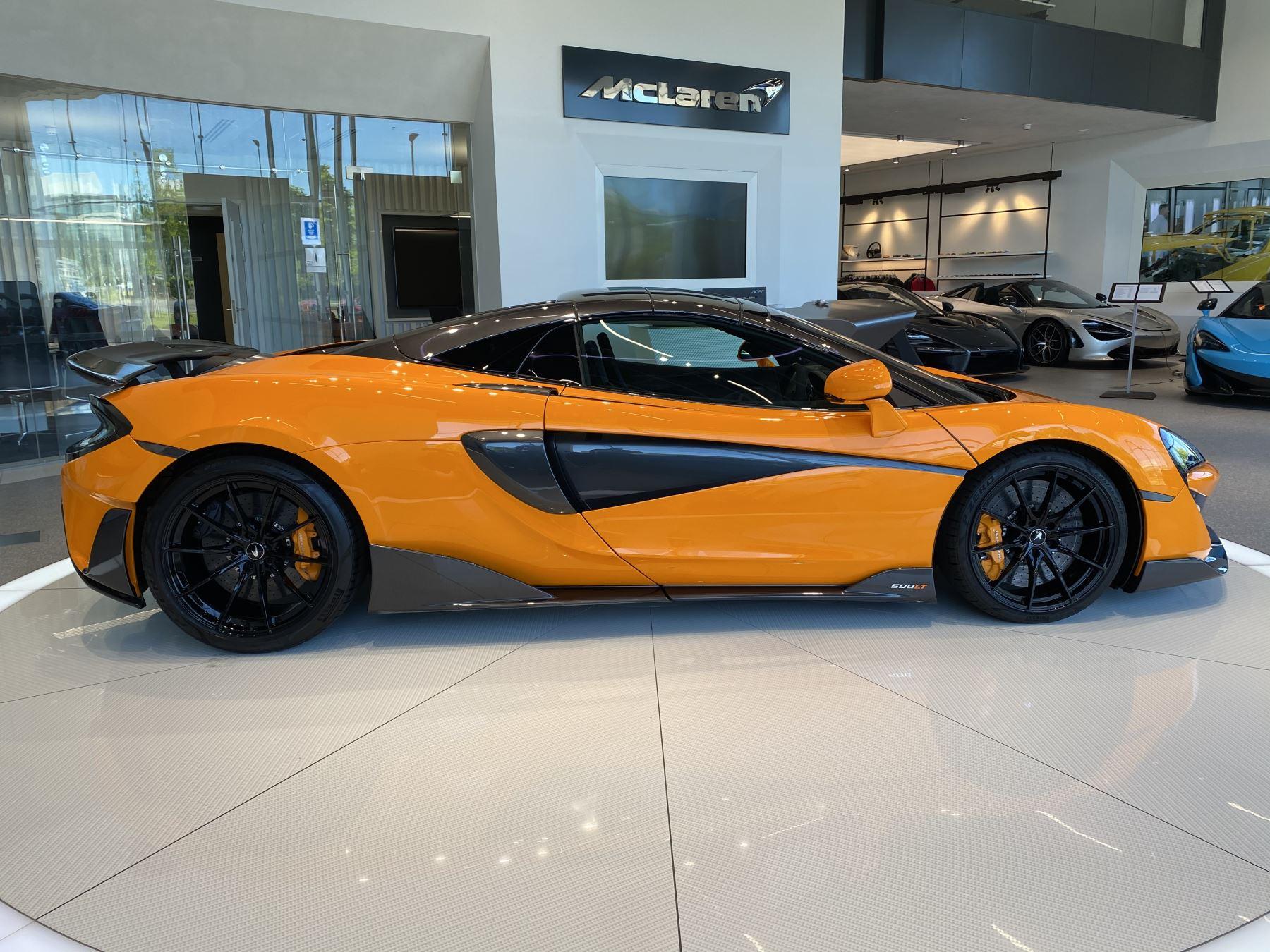 McLaren 600LT Spider V8 2dr SSG image 32