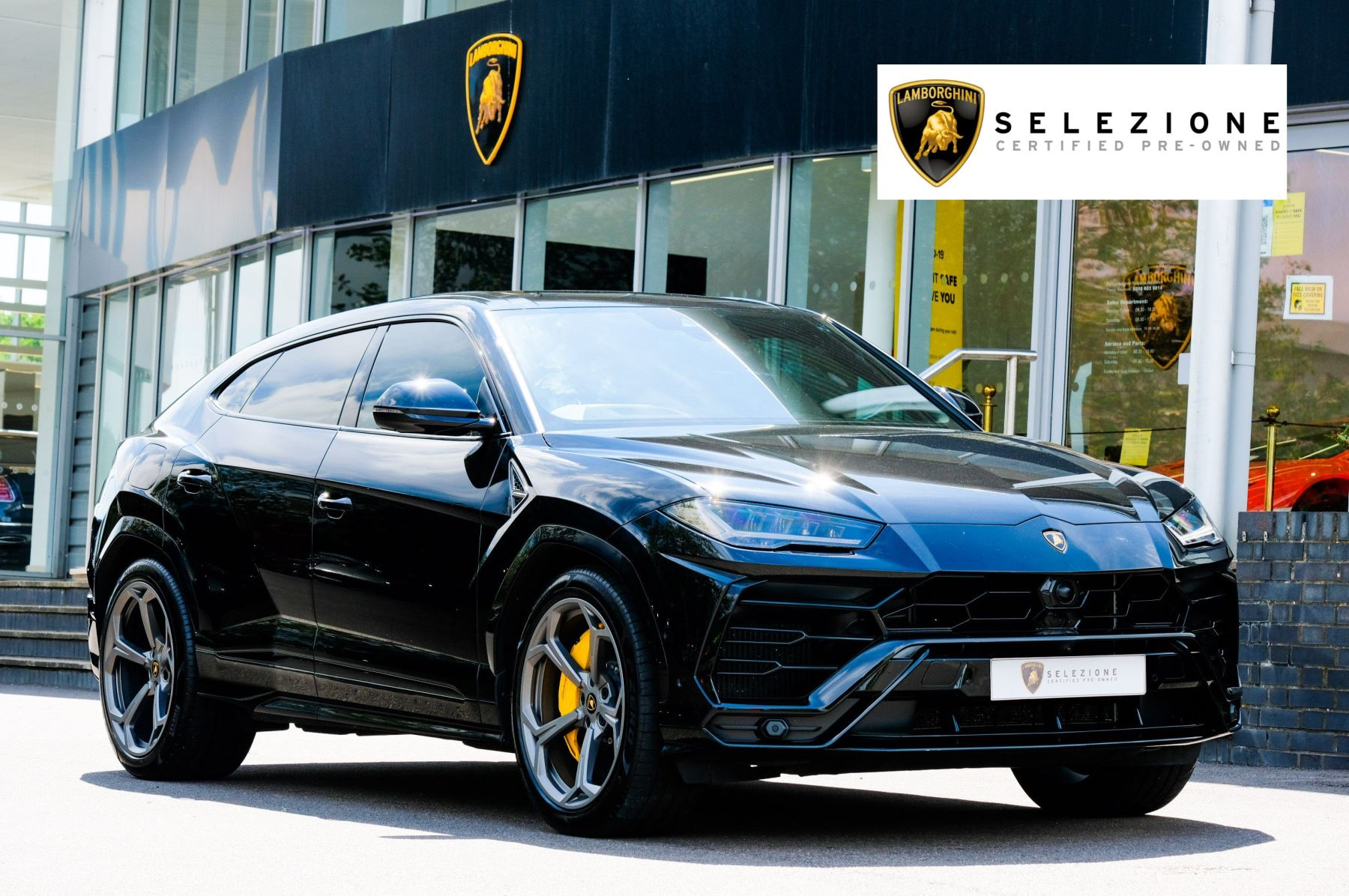 Lamborghini Urus 4.0T FSI V8 5dr Auto - Akrapovic Racing Exhaust - Rear Seat Entertainment Automatic Estate