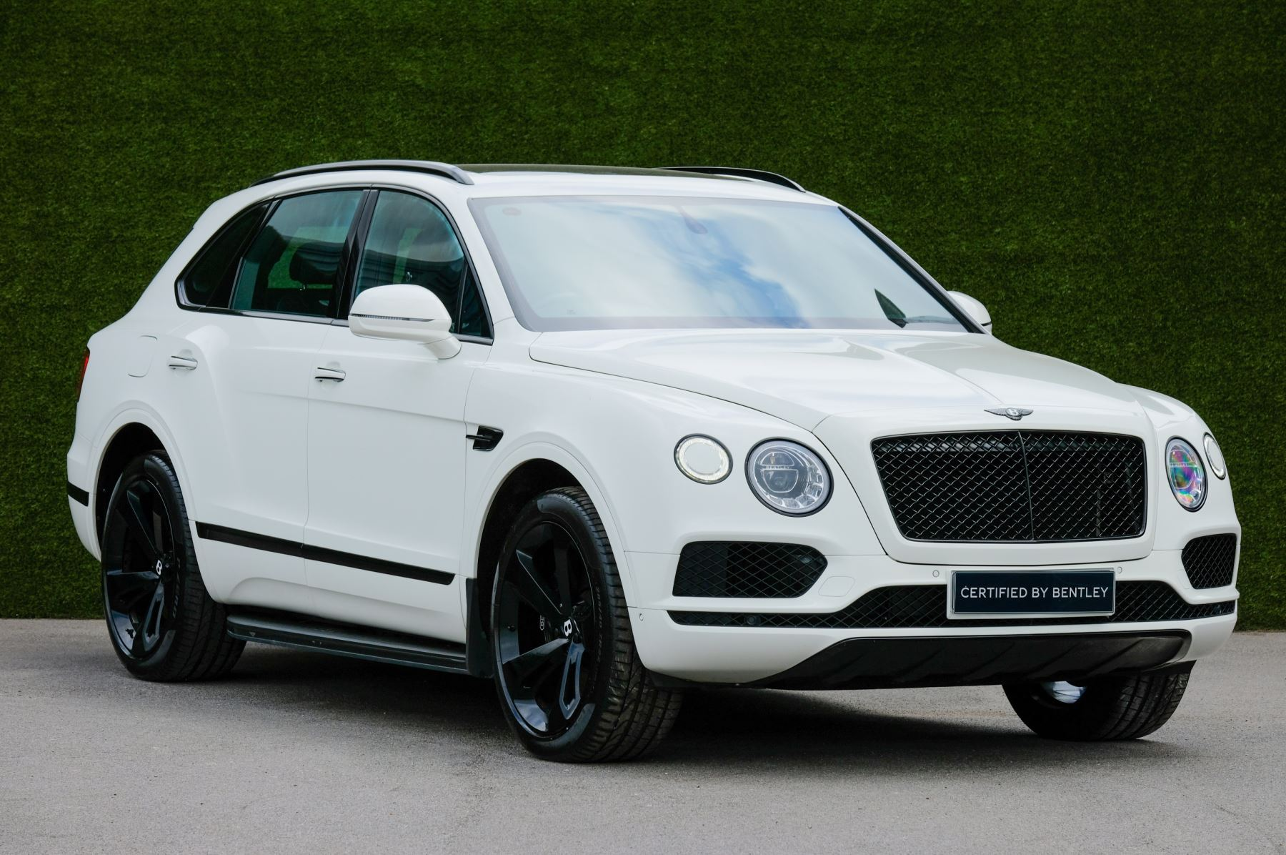 Bentley Bentayga 4.0 V8 5dr - Mulliner Driving Specification with 22 Inch Five Spoke Direction Alloys  Diesel Automatic Estate