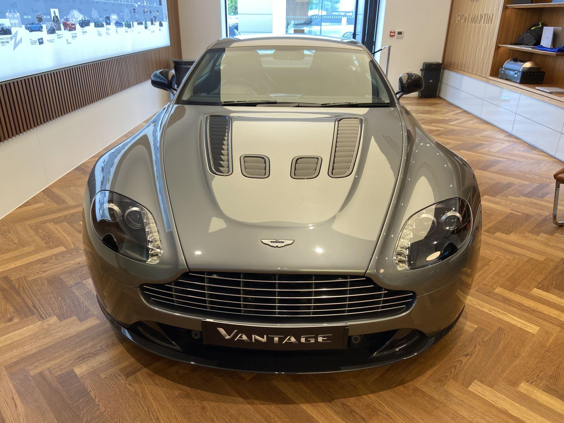 Aston Martin V12 Vantage 2dr Lightweight Seats and BandO 5.9 3 door Coupe