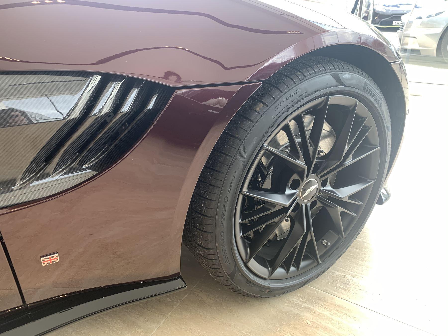 Aston Martin V8 Vantage Convertible Touchtronic 3 image 3