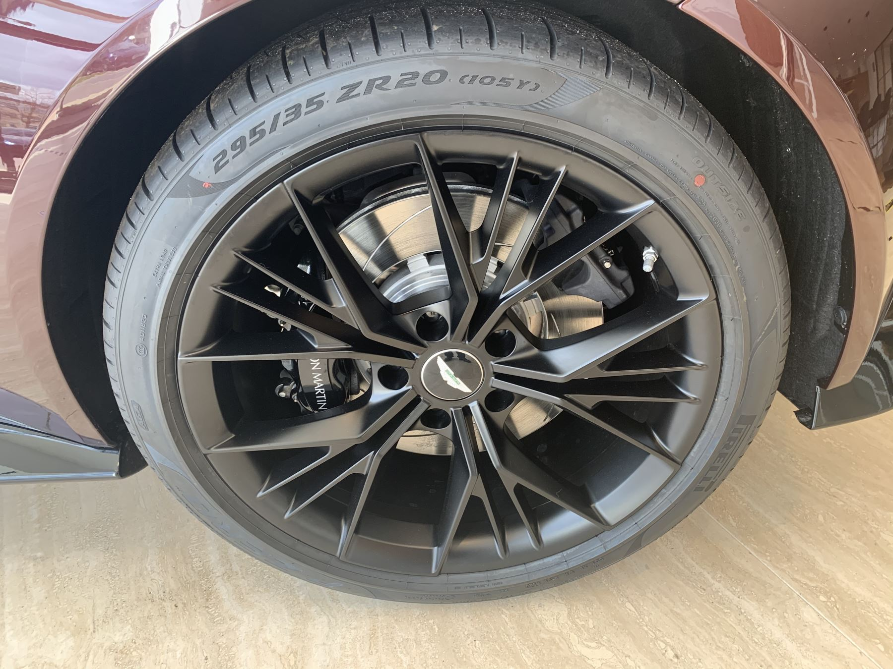Aston Martin V8 Vantage Convertible Touchtronic 3 image 5