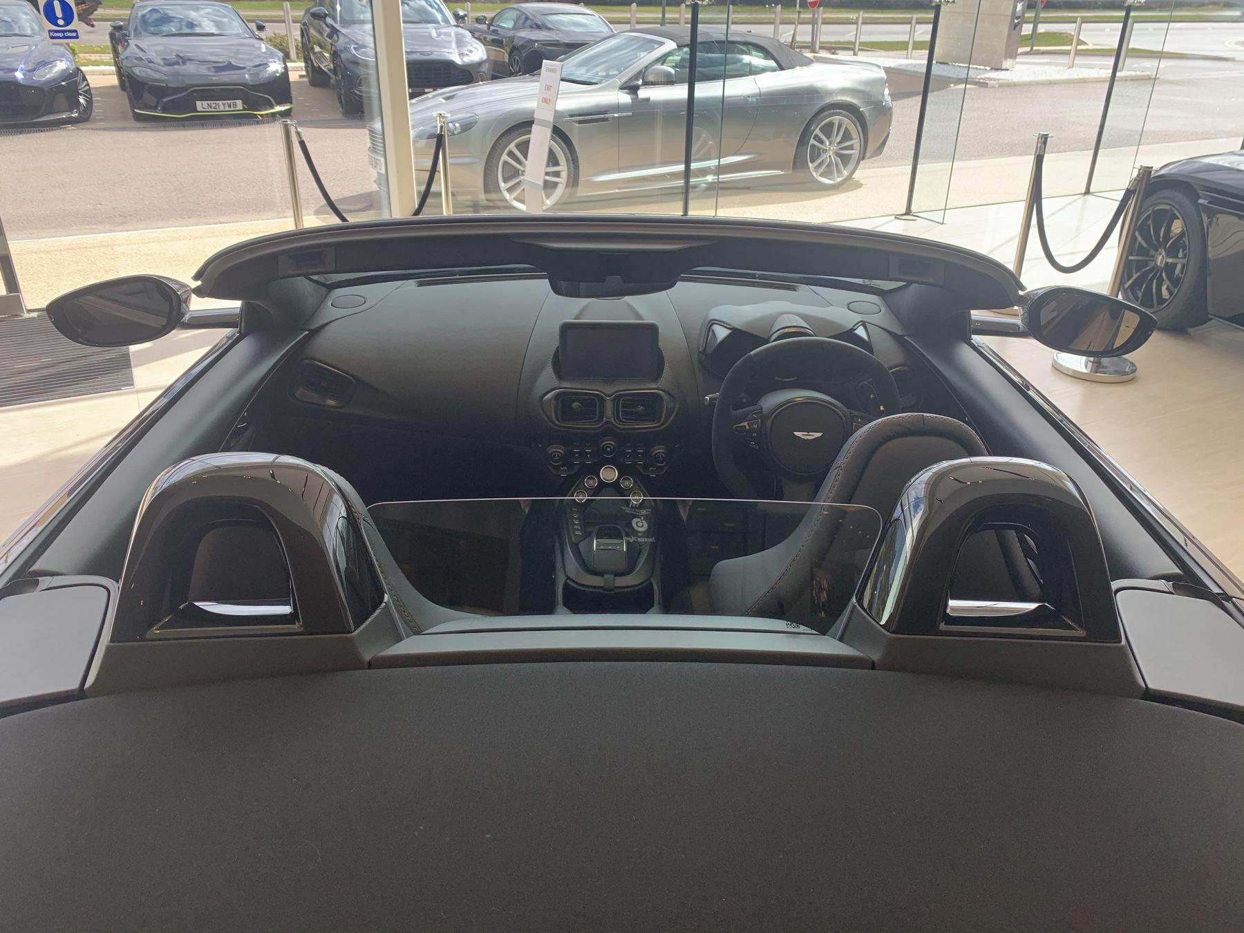 Aston Martin V8 Vantage Convertible Touchtronic 3 image 6