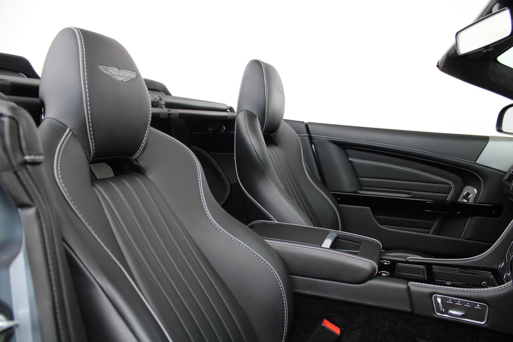 Aston Martin DB9 V12 GT 2dr Volante Skyfall Silver image 5