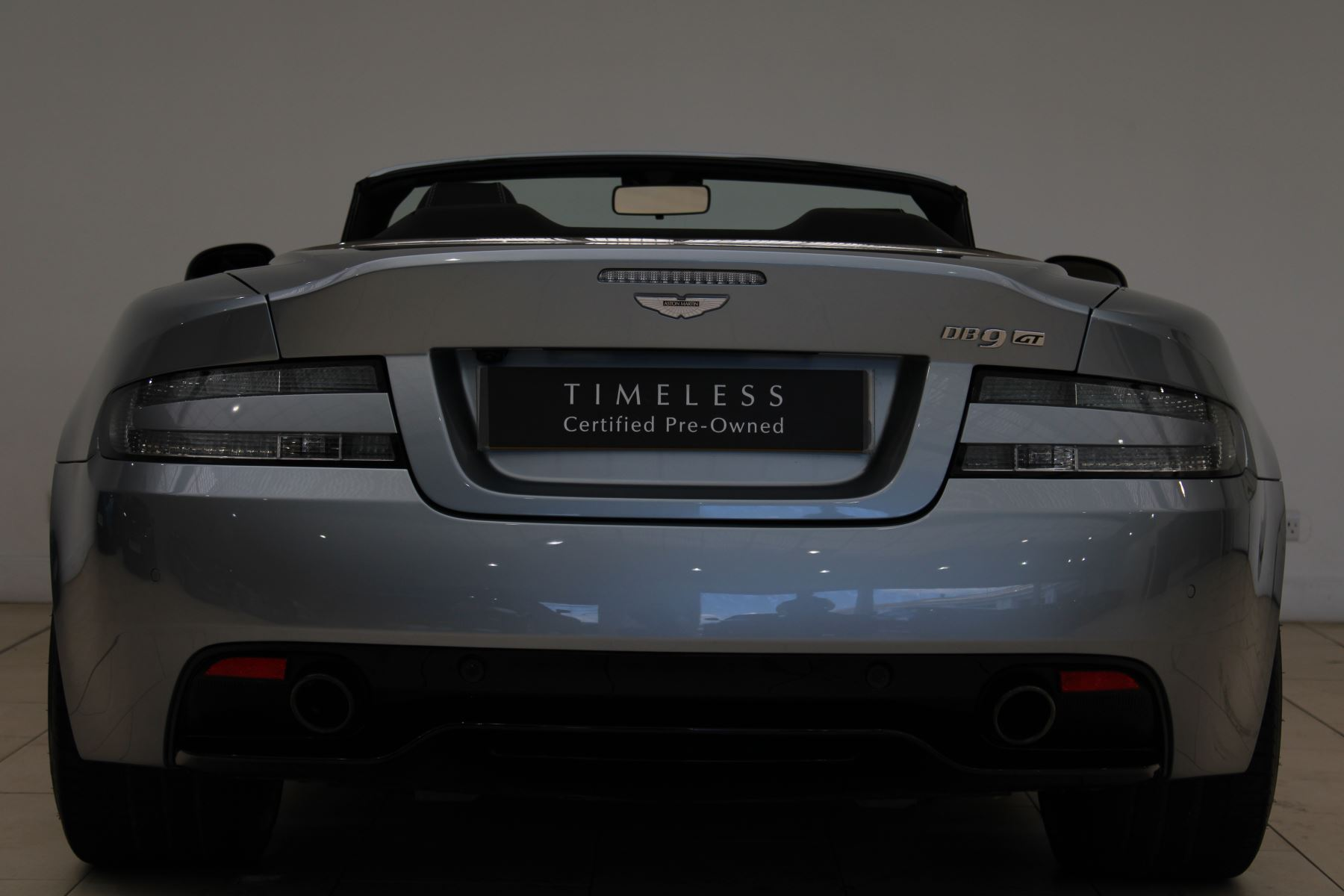 Aston Martin DB9 V12 GT 2dr Volante Skyfall Silver image 11
