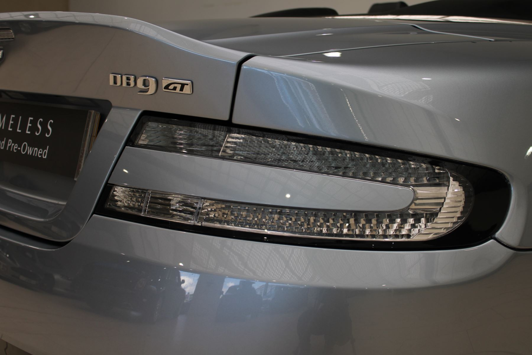 Aston Martin DB9 V12 GT 2dr Volante Skyfall Silver image 13