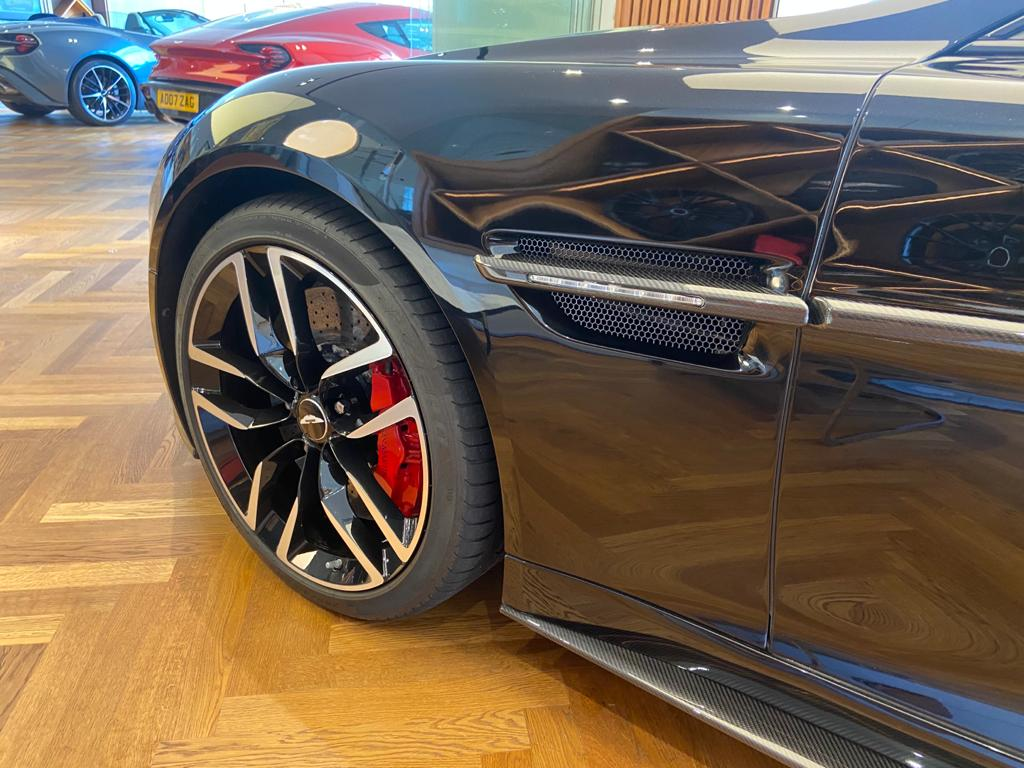 Aston Martin Vanquish V12 [568] 2+2 2dr Touchtronic 8 speed Carbon 17 Model Year Apple Car Play  image 13