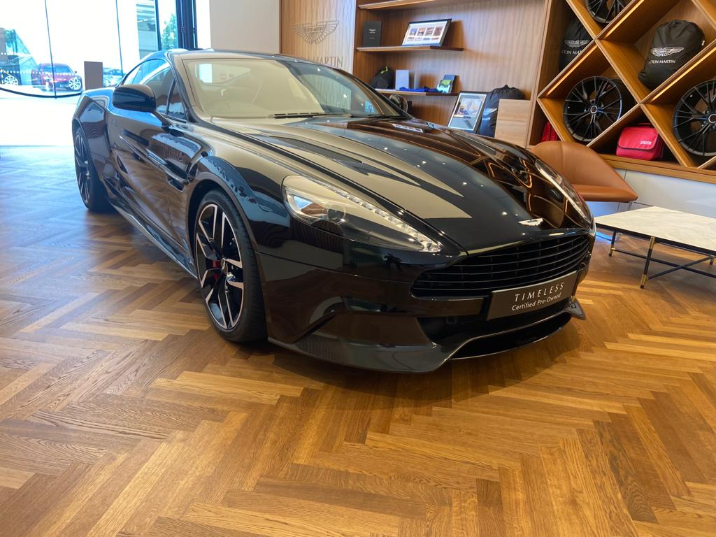 Aston Martin Vanquish V12 [568] 2+2 2dr Touchtronic 8 speed Carbon 17 Model Year Apple Car Play  image 14