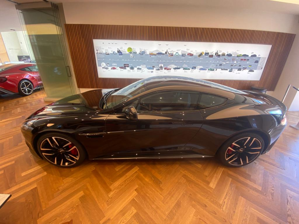 Aston Martin Vanquish V12 [568] 2+2 2dr Touchtronic 8 speed Carbon 17 Model Year Apple Car Play  image 17