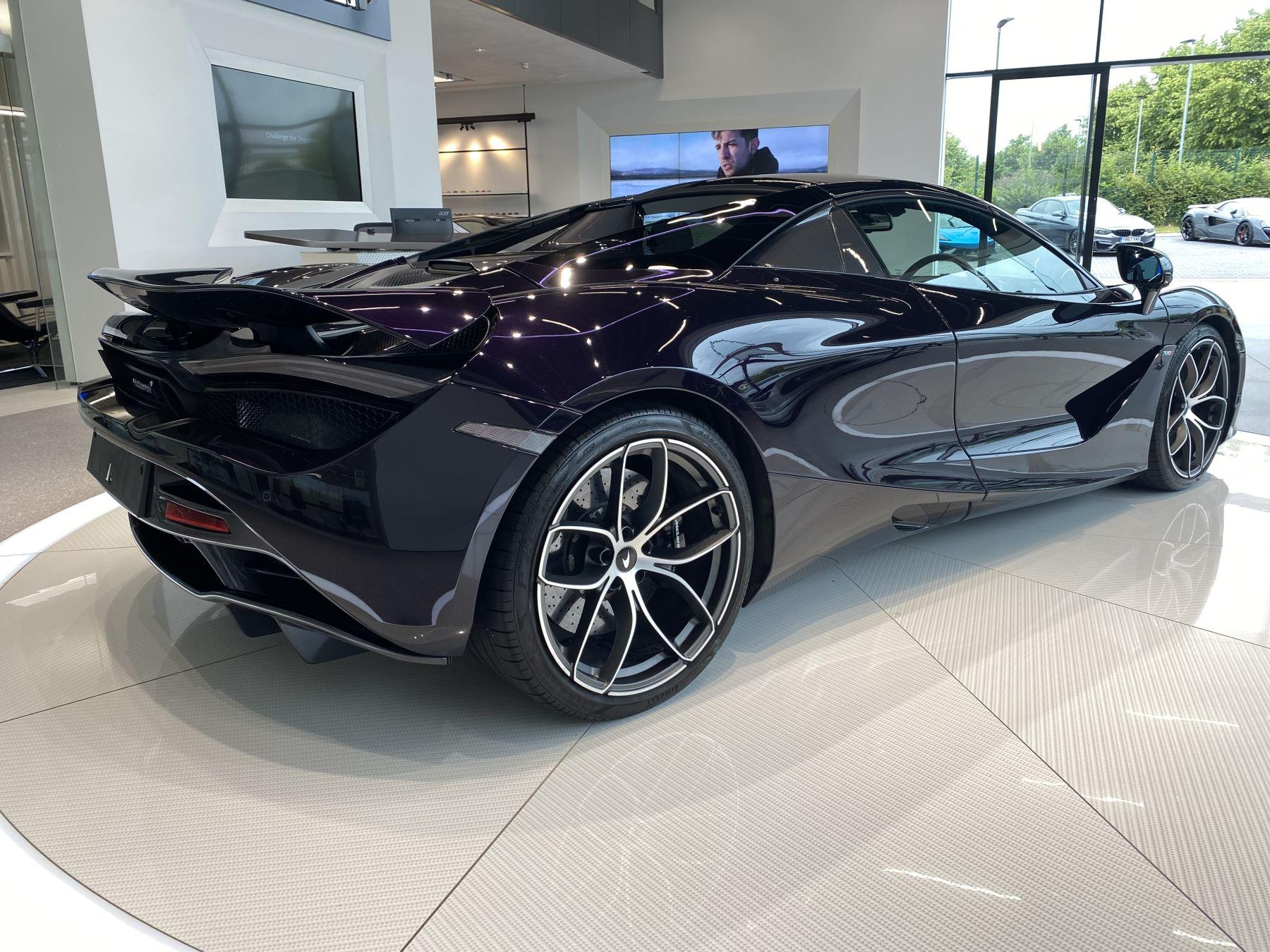 McLaren 720S Spider V8 2dr SSG  MSO PAINT SPOORTS EXHAUST SUPERB VALUE image 5