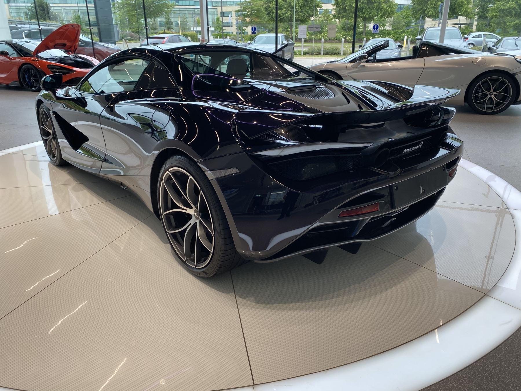 McLaren 720S Spider V8 2dr SSG  MSO PAINT SPOORTS EXHAUST SUPERB VALUE image 6