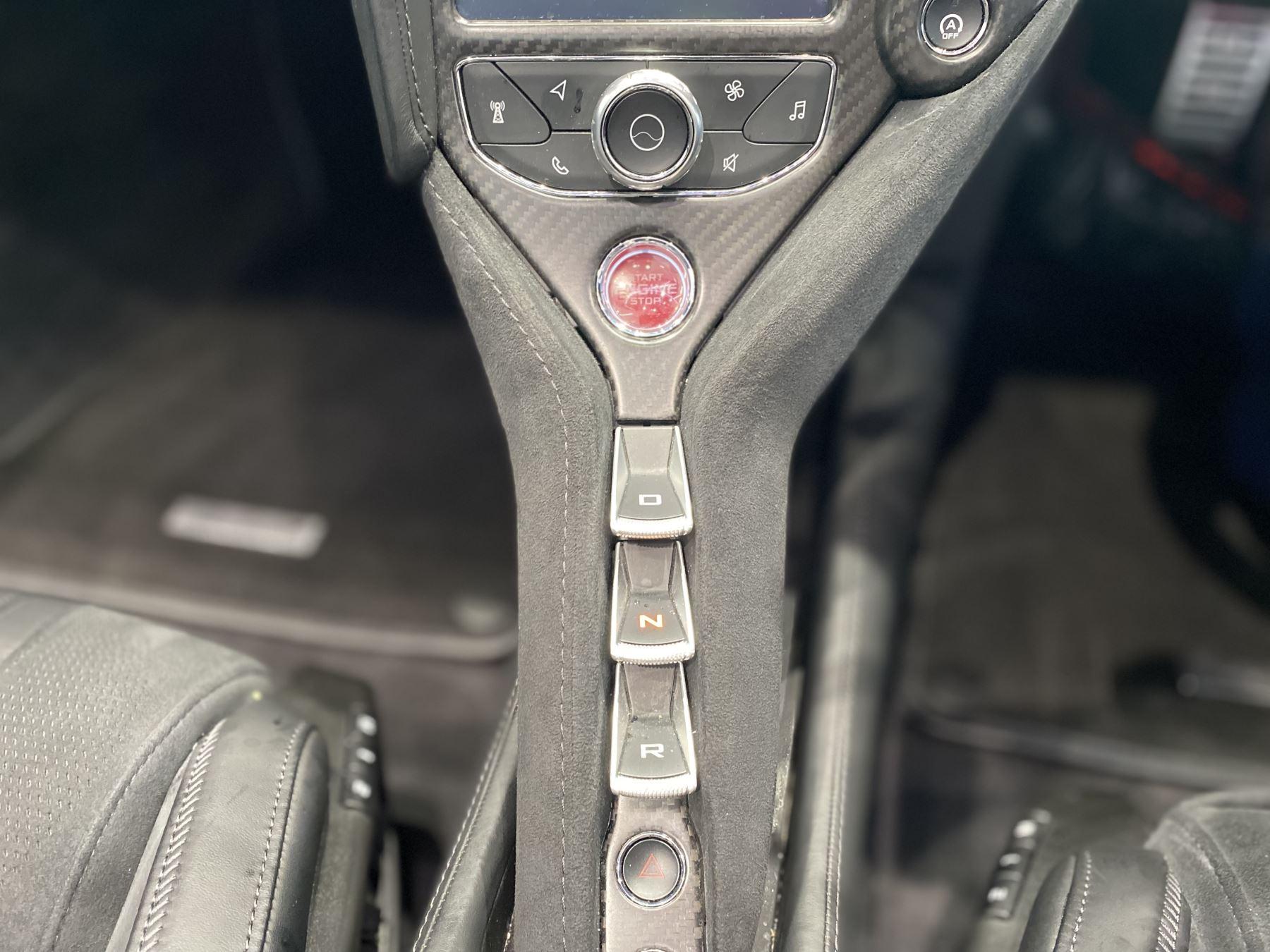 McLaren 720S Spider V8 2dr SSG  MSO PAINT SPOORTS EXHAUST SUPERB VALUE image 21