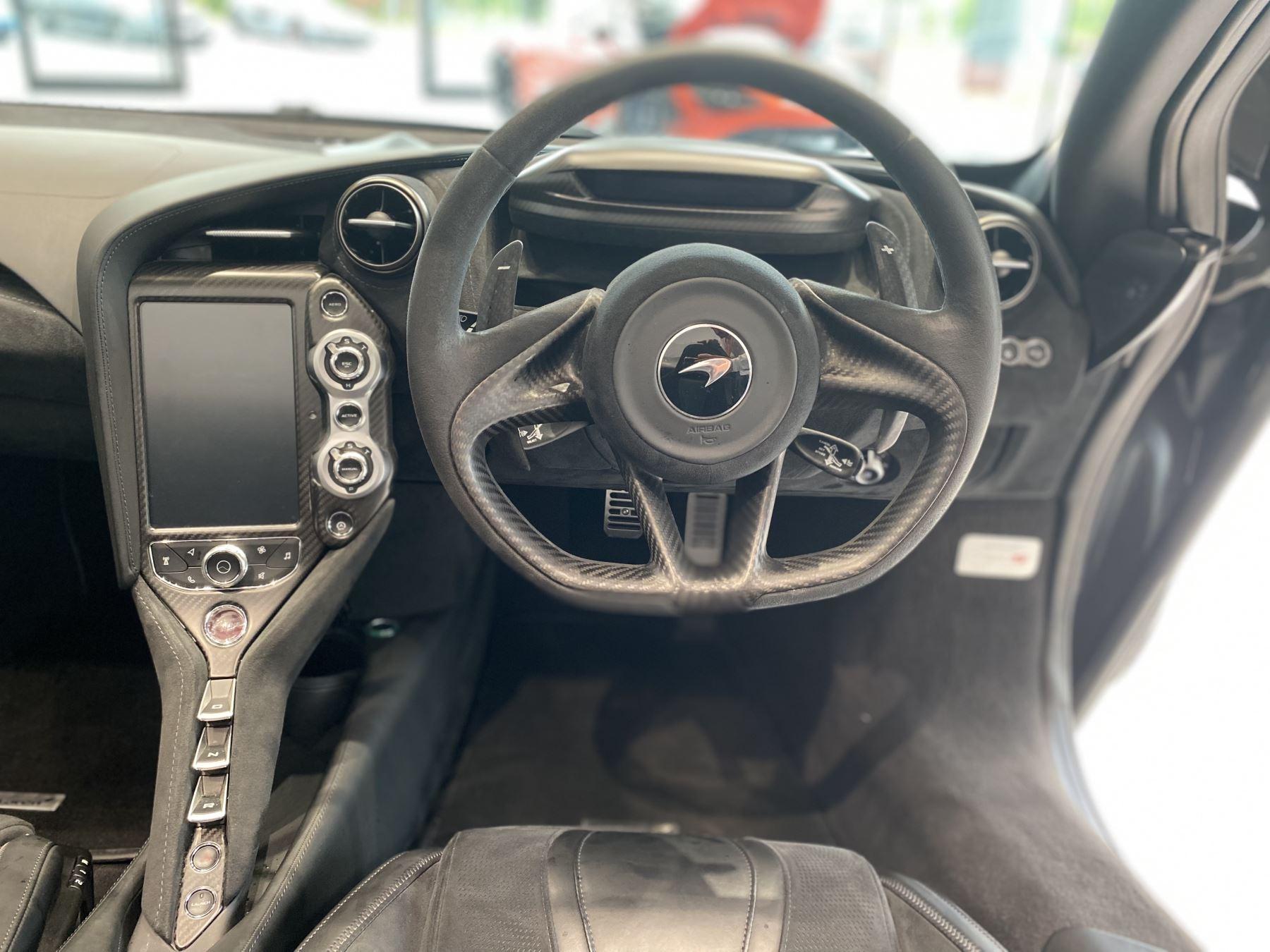 McLaren 720S Spider V8 2dr SSG  MSO PAINT SPOORTS EXHAUST SUPERB VALUE image 26