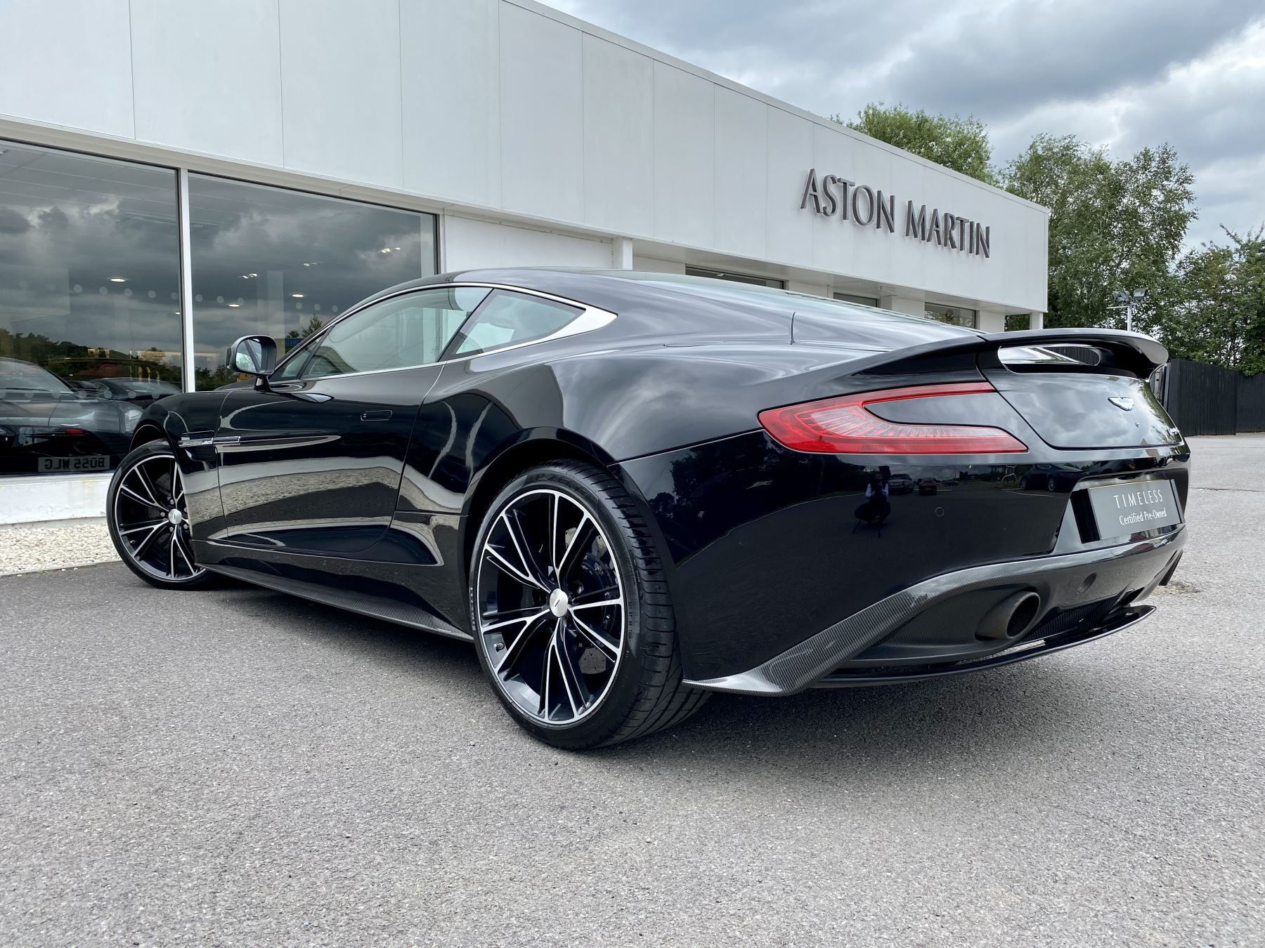 Aston Martin Vanquish V12 [568] 2+2 2dr Touchtronic 3 8 Speed, 2 Owners From New, Onyx Black, Bang And Olufsen. image 5