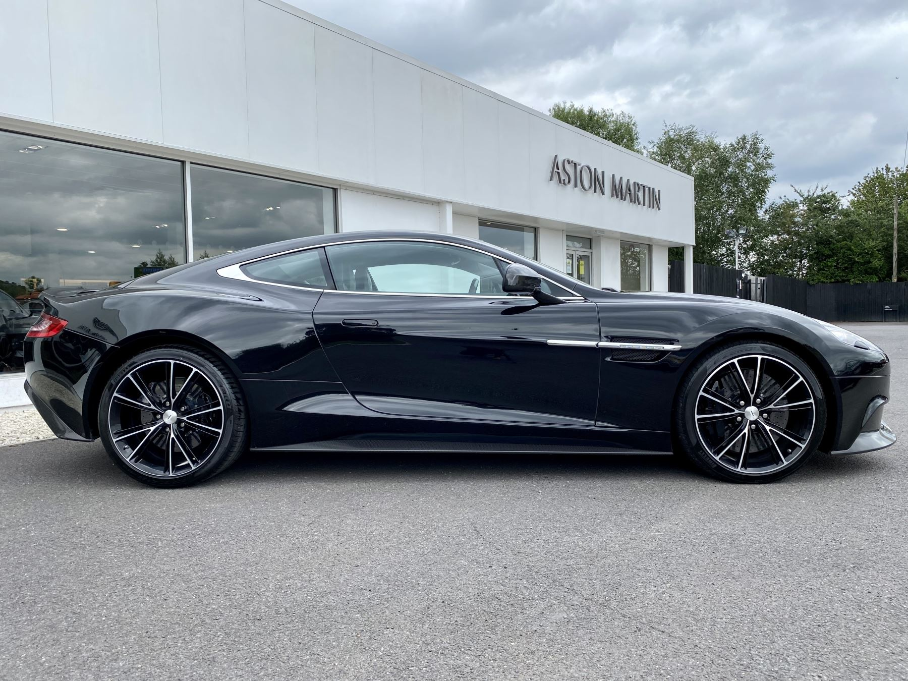Aston Martin Vanquish V12 [568] 2+2 2dr Touchtronic 3 8 Speed, 2 Owners From New, Onyx Black, Bang And Olufsen. image 8