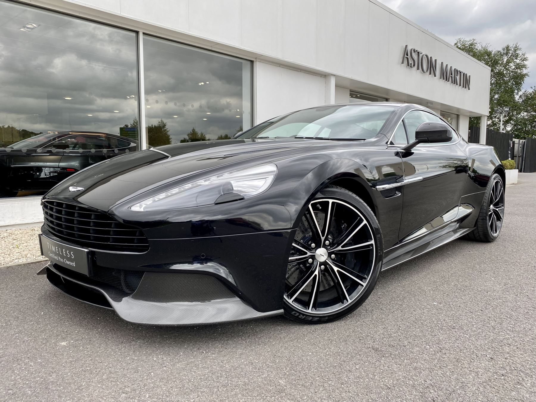 Aston Martin Vanquish V12 [568] 2+2 2dr Touchtronic 3 8 Speed, 2 Owners From New, Onyx Black, Bang And Olufsen. image 3
