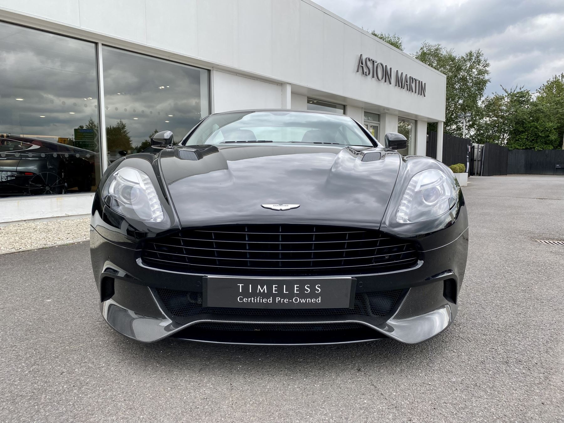 Aston Martin Vanquish V12 [568] 2+2 2dr Touchtronic 3 8 Speed, 2 Owners From New, Onyx Black, Bang And Olufsen. image 2