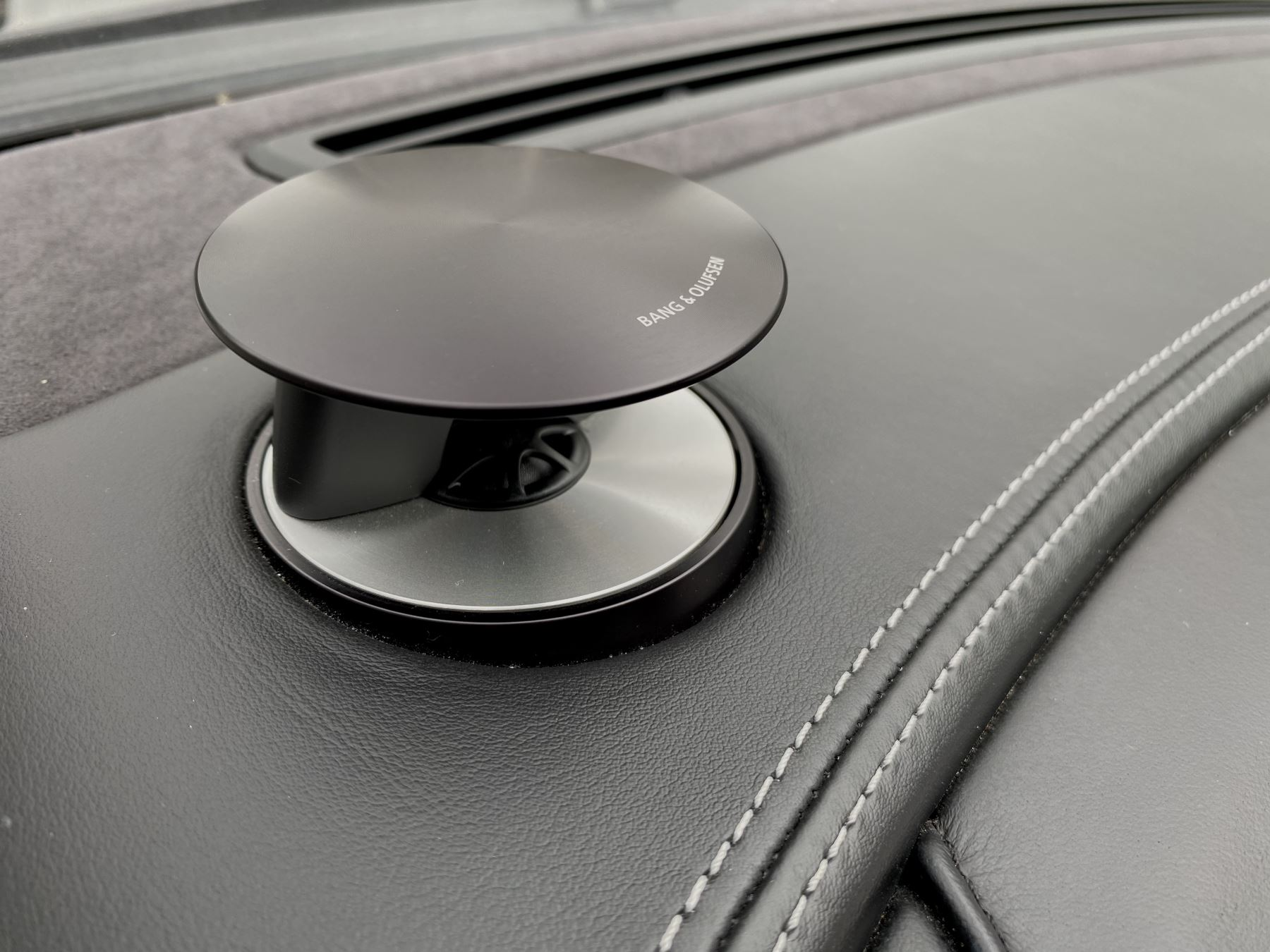 Aston Martin Vanquish V12 [568] 2+2 2dr Touchtronic 3 8 Speed, 2 Owners From New, Onyx Black, Bang And Olufsen. image 27