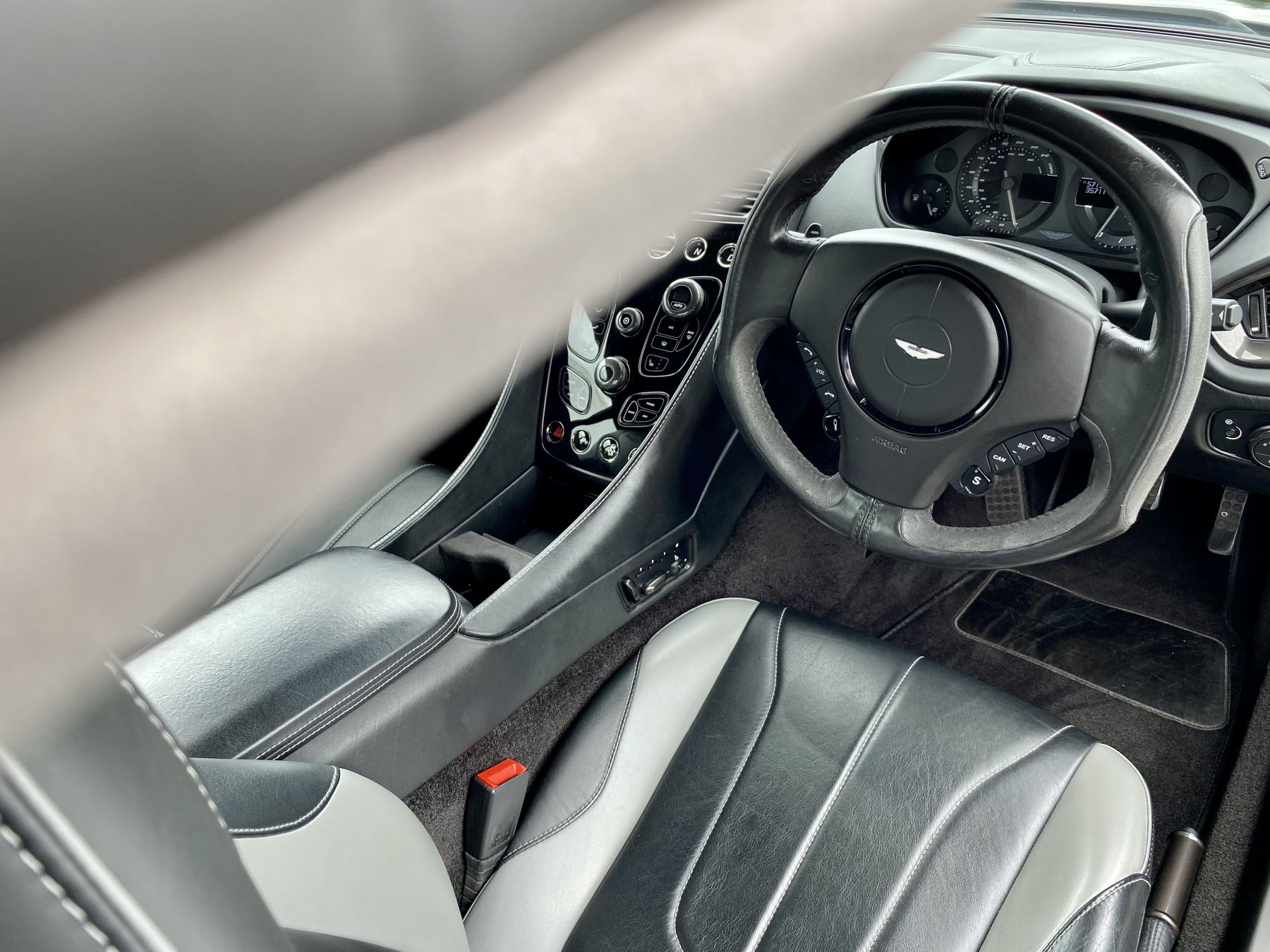 Aston Martin Vanquish V12 [568] 2+2 2dr Touchtronic 3 8 Speed, 2 Owners From New, Onyx Black, Bang And Olufsen. image 18