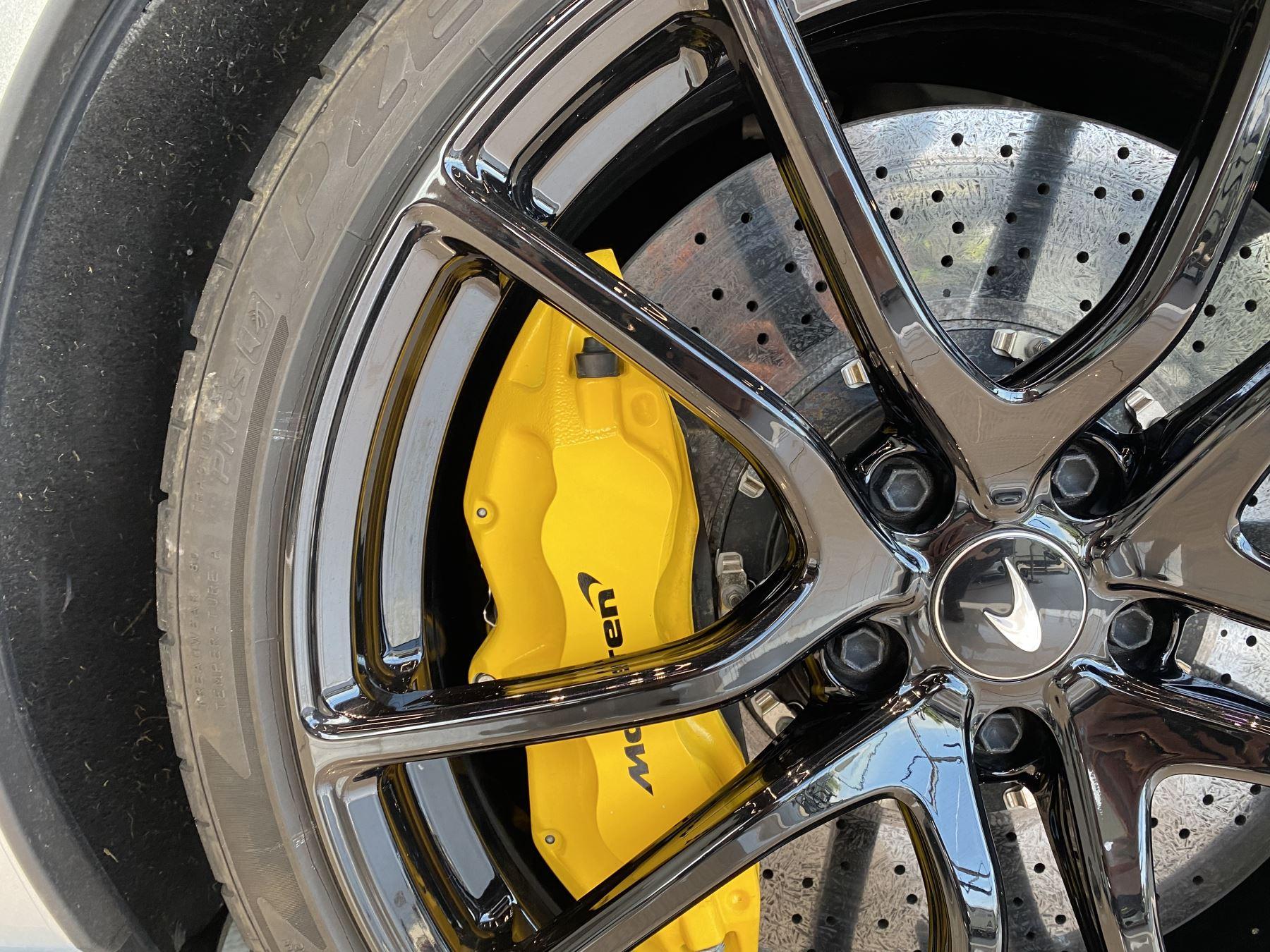 McLaren 570GT V8 2dr SSG RARE MSO BLACK PACK image 7