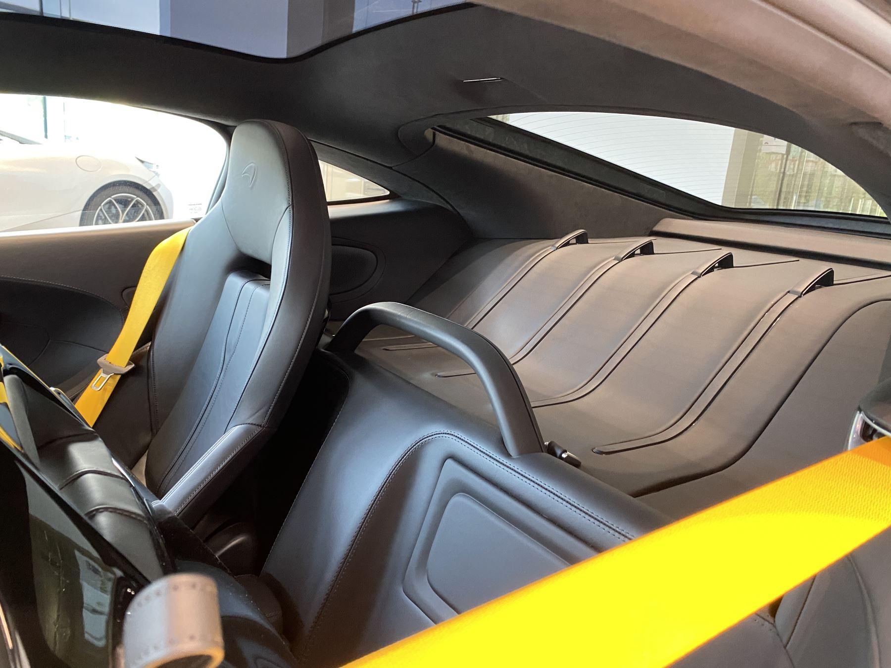 McLaren 570GT V8 2dr SSG RARE MSO BLACK PACK image 31