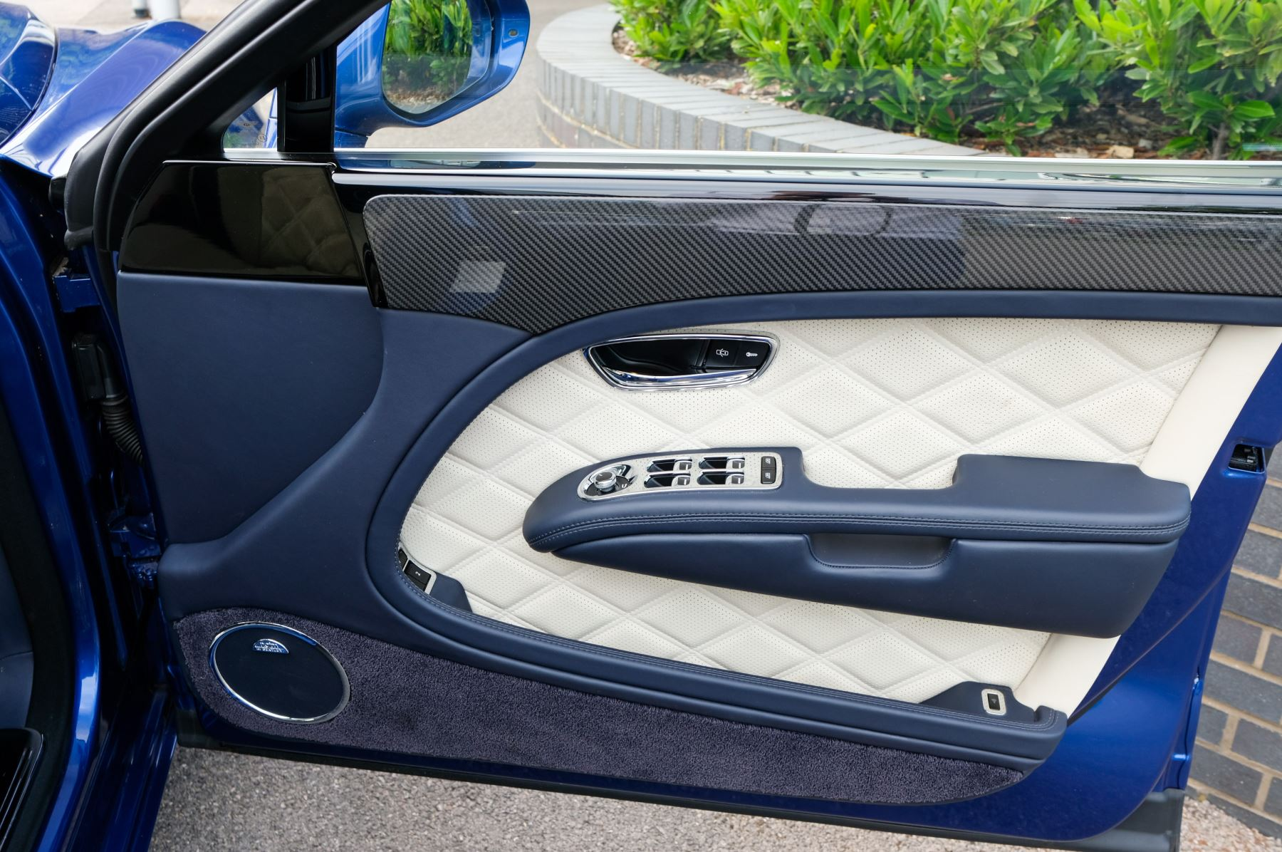 Bentley Mulsanne Speed 6.8 V8 Speed - Speed Premier and Entertainment Specification image 18