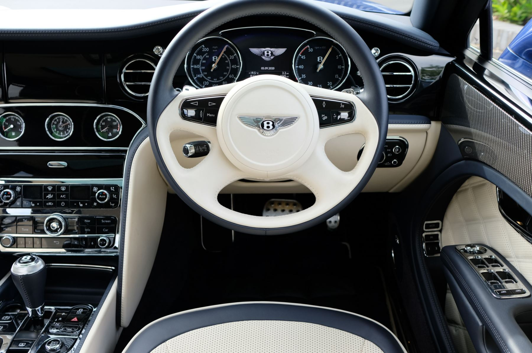 Bentley Mulsanne Speed 6.8 V8 Speed - Speed Premier and Entertainment Specification image 15