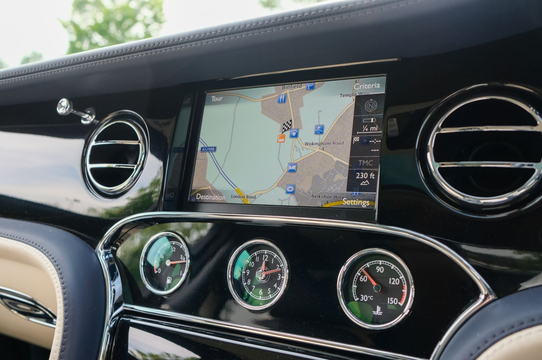 Bentley Mulsanne Speed 6.8 V8 Speed - Speed Premier and Entertainment Specification image 23