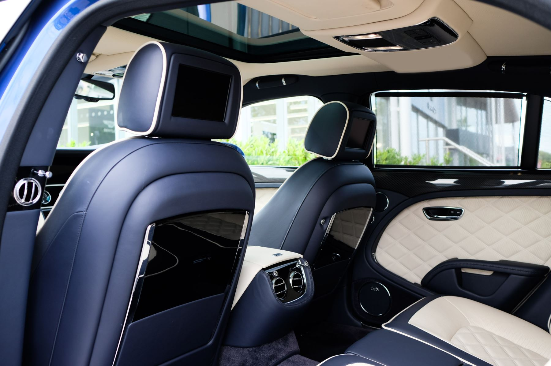 Bentley Mulsanne Speed 6.8 V8 Speed - Speed Premier and Entertainment Specification image 14
