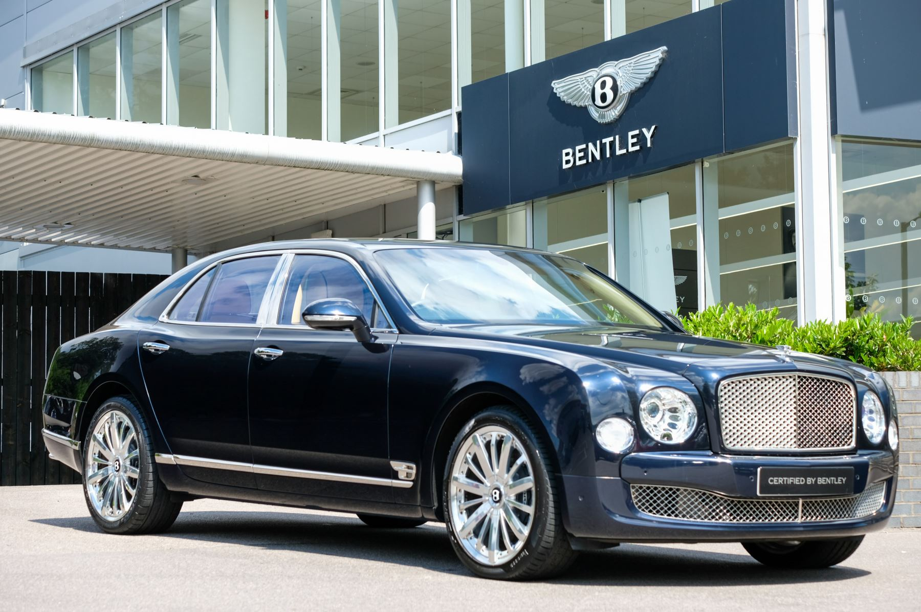 Bentley Mulsanne 6.8 V8 Mulliner Driving and Premier Specification Automatic 4 door Saloon