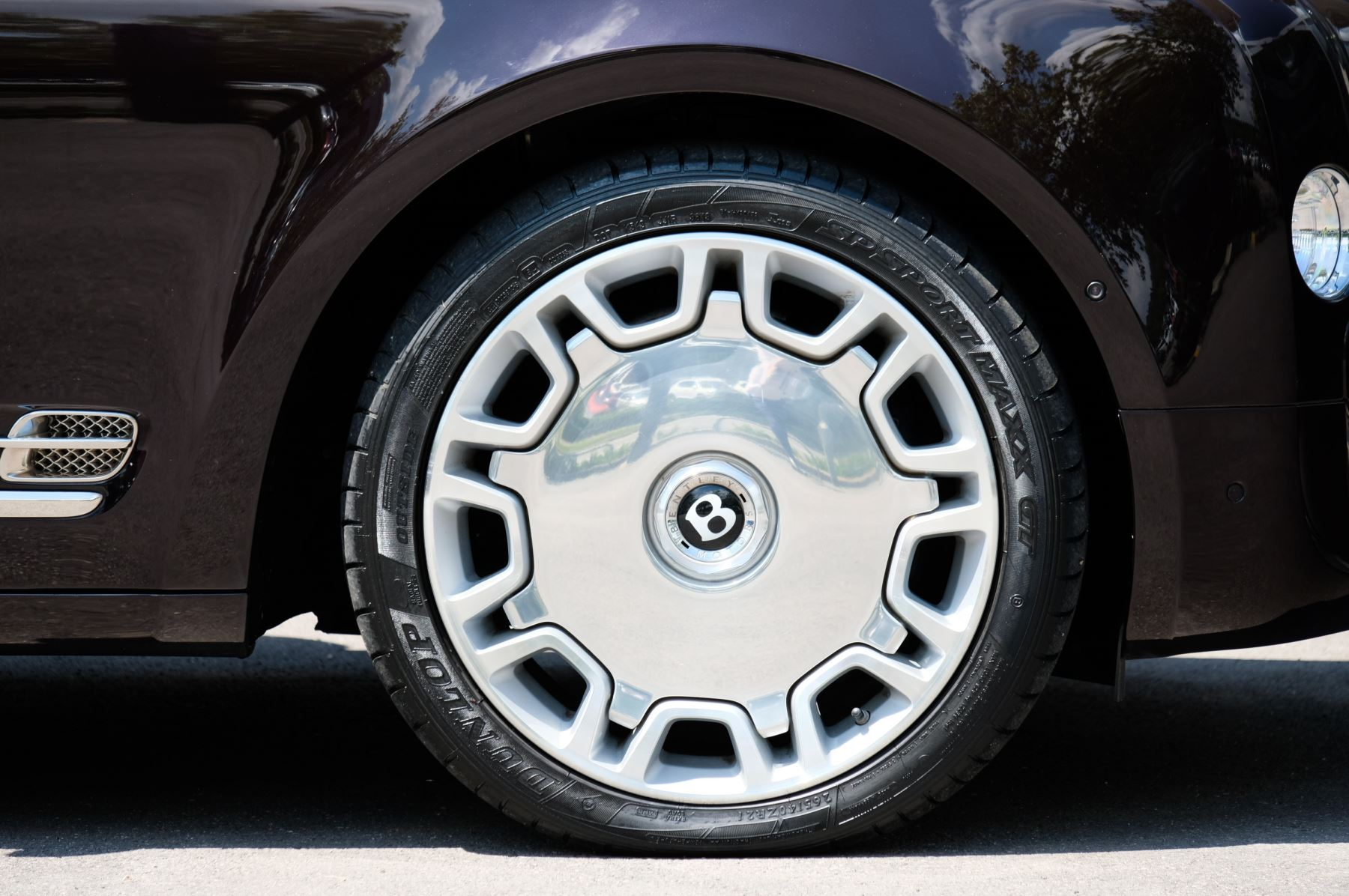 Bentley Mulsanne 6.8 V8 - Comfort, Entertainment and Premier Specification image 8