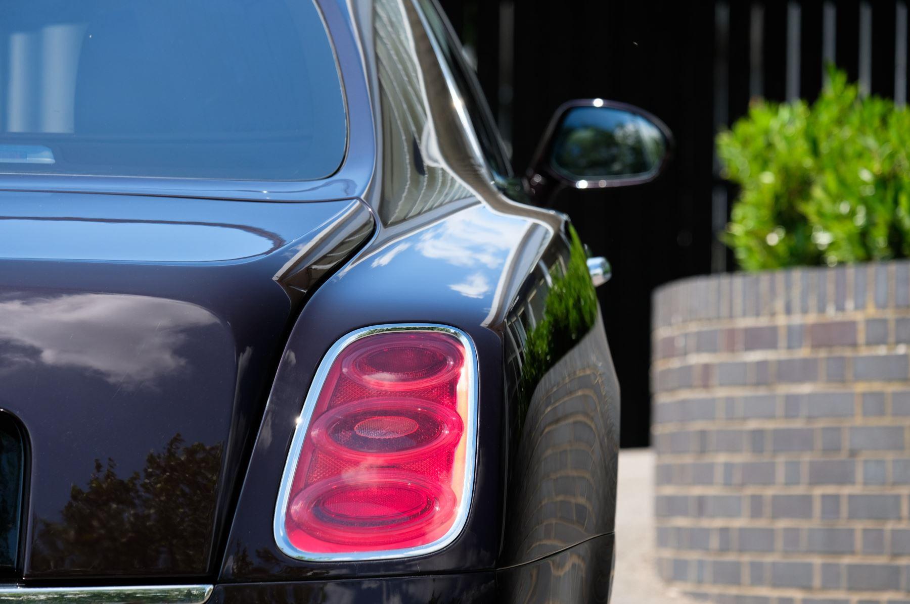 Bentley Mulsanne 6.8 V8 - Comfort, Entertainment and Premier Specification image 7