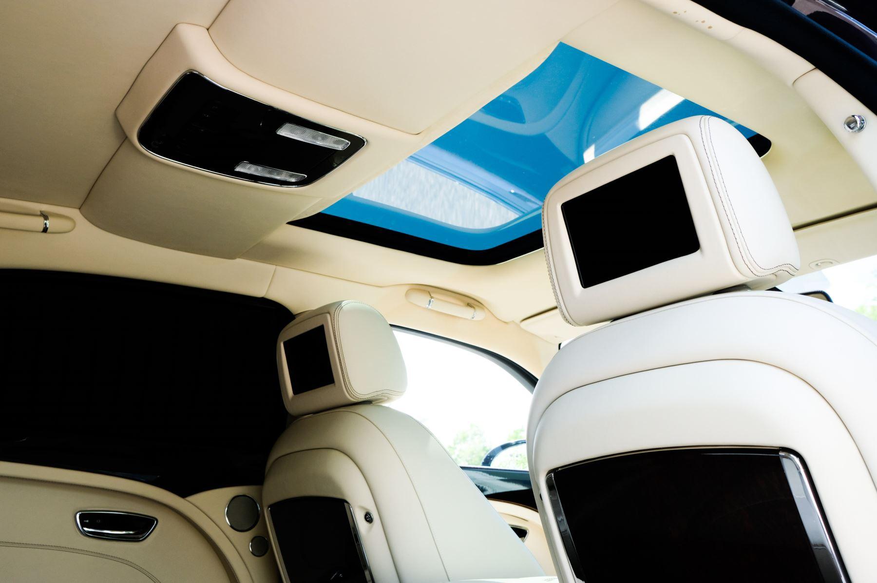 Bentley Mulsanne 6.8 V8 - Comfort, Entertainment and Premier Specification image 18