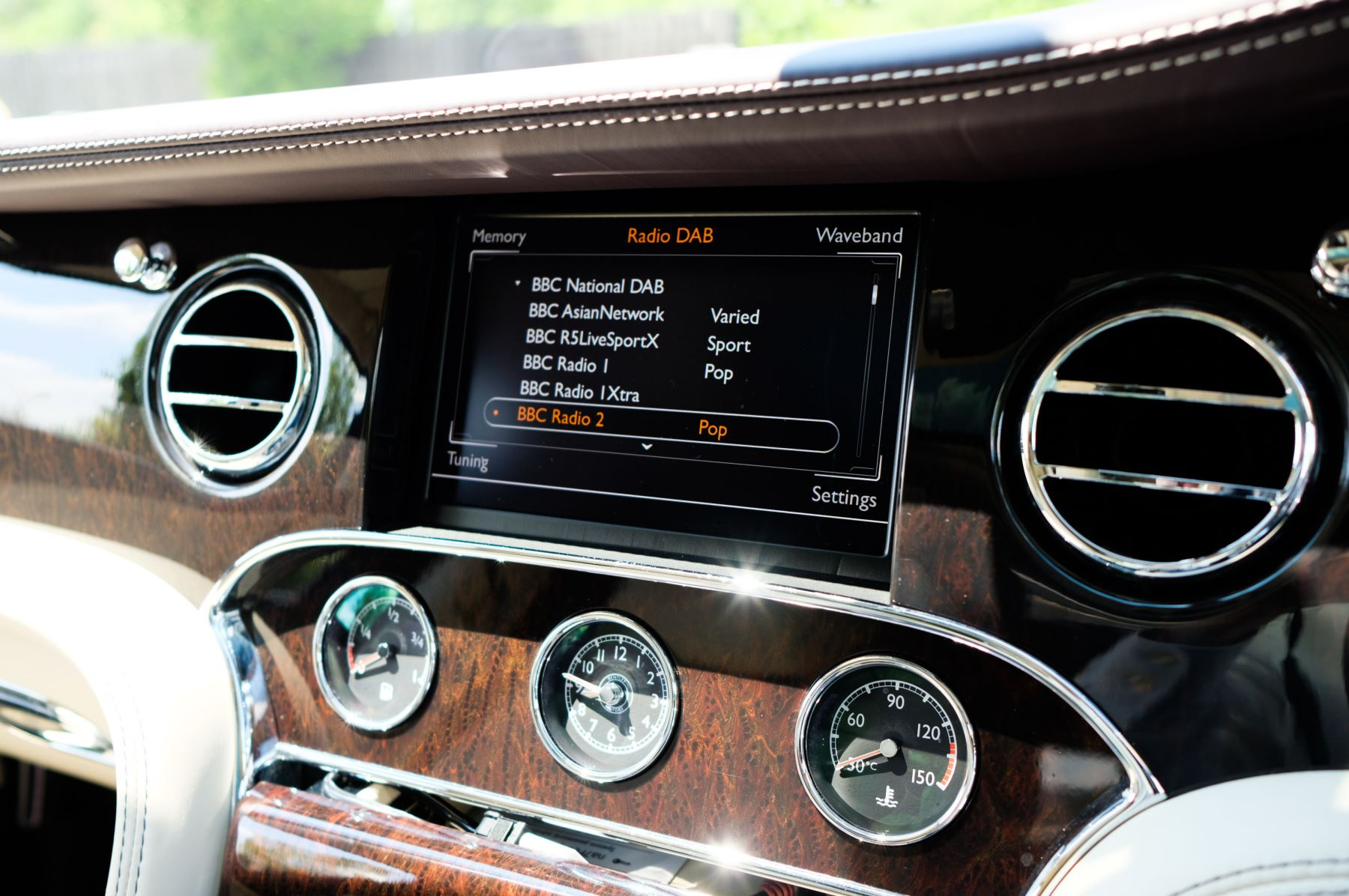 Bentley Mulsanne 6.8 V8 - Comfort, Entertainment and Premier Specification image 19