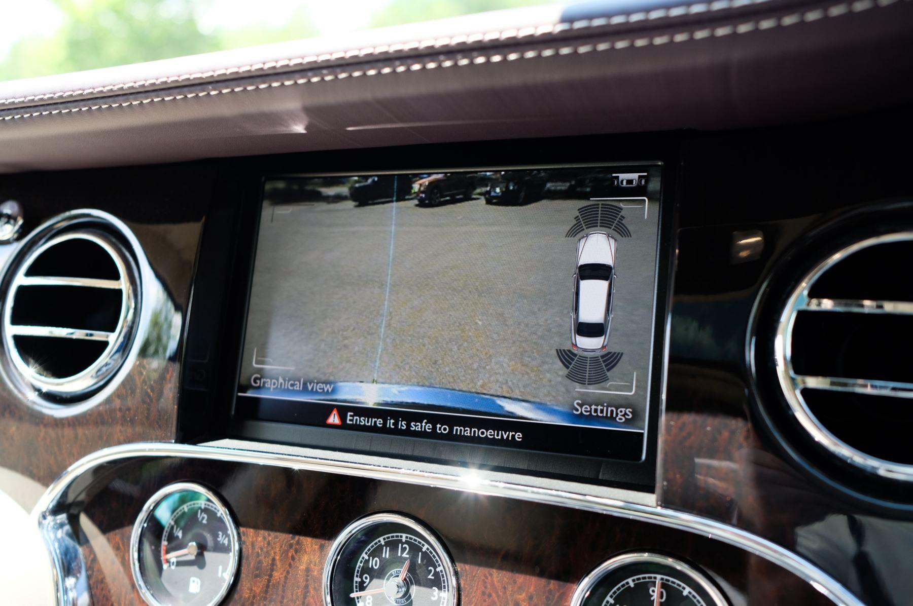 Bentley Mulsanne 6.8 V8 - Comfort, Entertainment and Premier Specification image 22