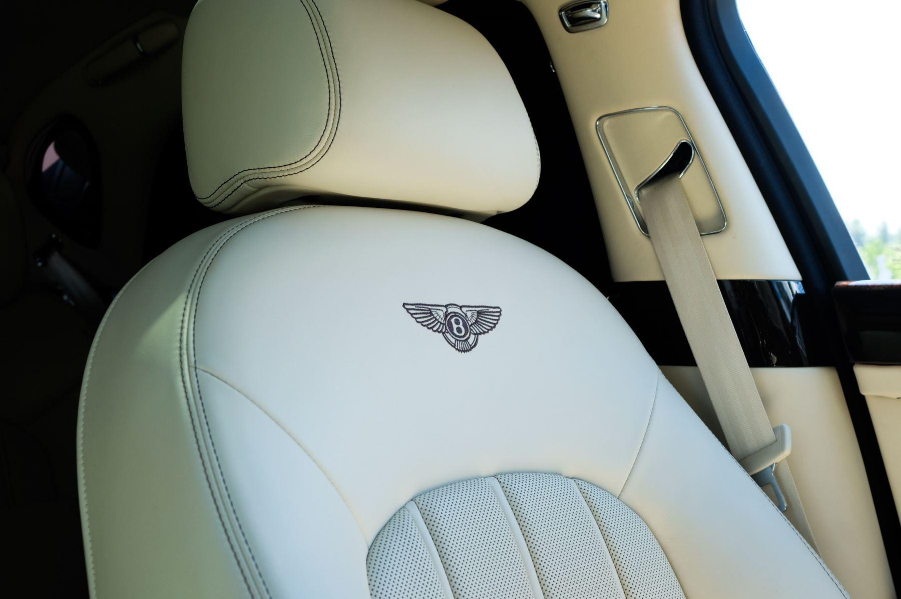 Bentley Mulsanne 6.8 V8 - Comfort, Entertainment and Premier Specification image 24