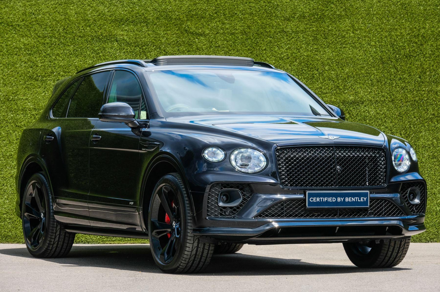 Bentley Bentayga 4.0 V8 - Mulliner Driving Specification for Black Specification Automatic 5 door Estate