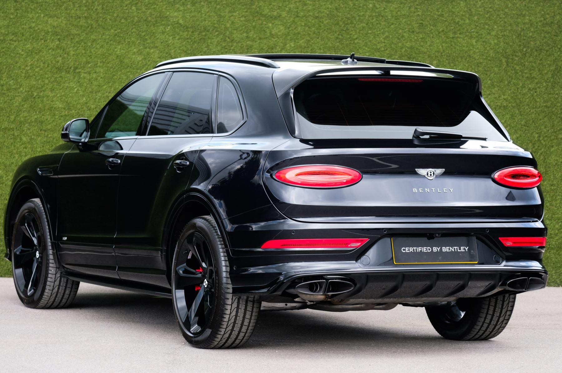 Bentley Bentayga 4.0 V8 - Mulliner Driving Specification for Black Specification image 5