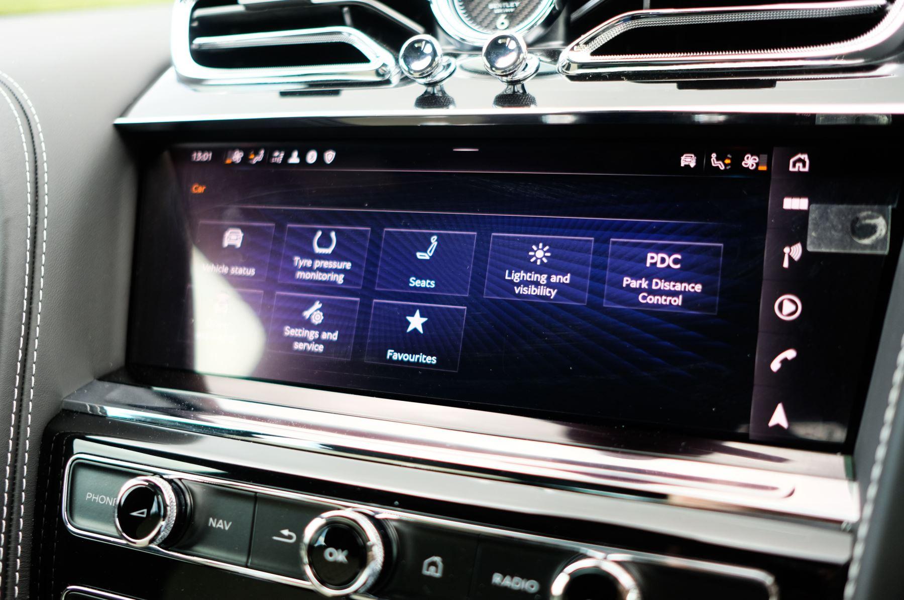 Bentley Bentayga 4.0 V8 - Mulliner Driving Specification for Black Specification image 22