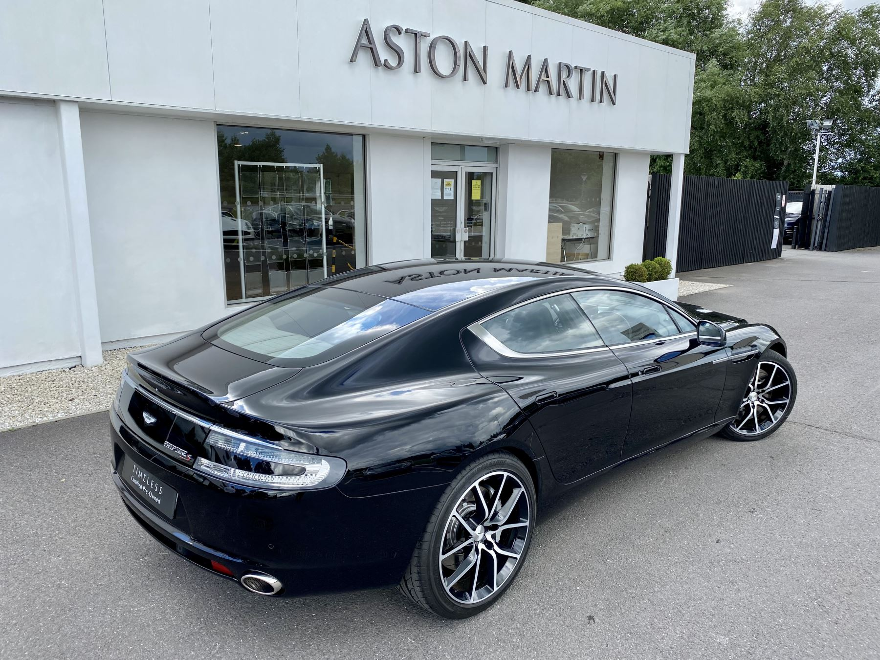 Aston Martin Rapide S V12 [552] 4dr Touchtronic III 8 Spd, Onyx Black And Obsidian Black Leather, Rear Seat Entertainment. image 10