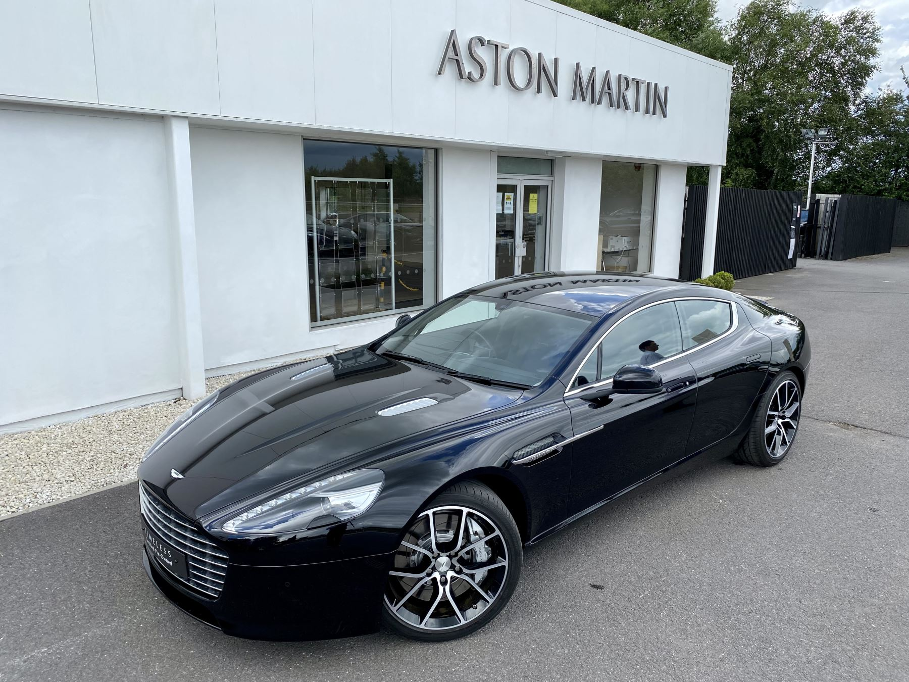 Aston Martin Rapide S V12 [552] 4dr Touchtronic III 8 Spd, Onyx Black And Obsidian Black Leather, Rear Seat Entertainment. image 9