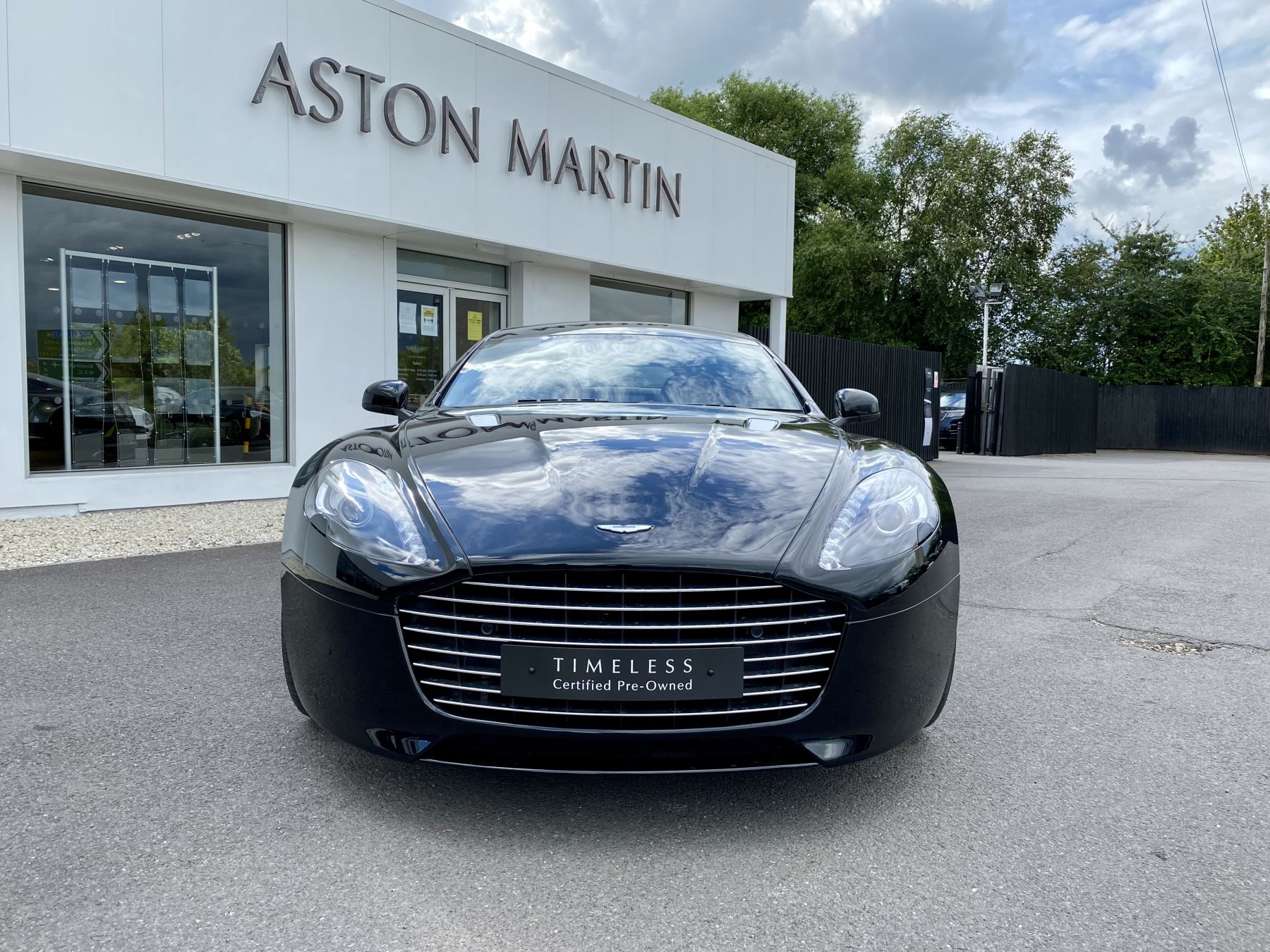 Aston Martin Rapide S V12 [552] 4dr Touchtronic III 8 Spd, Onyx Black And Obsidian Black Leather, Rear Seat Entertainment. image 2